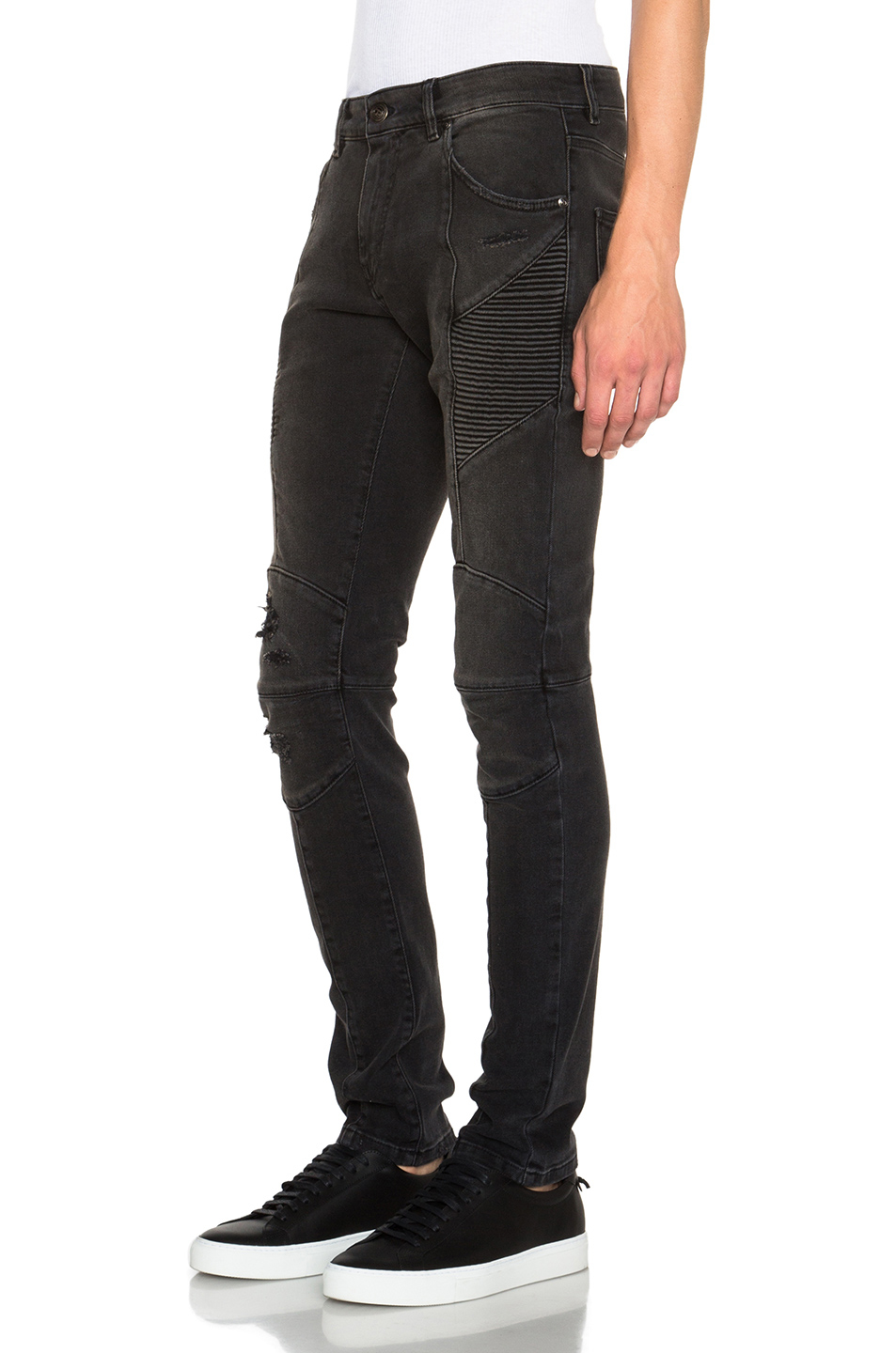 Shop the full range of men's Balmain jeans and denim from the latest collection, only on the official website distrib-u5b2od.ga Olivier Rousteing wears his signature black skinny jeans daily—so you can be sure that his men's designer jeans are designed to be in a class by themselves. Whether biker, skinny or ultra-skinny, these indigo, black.