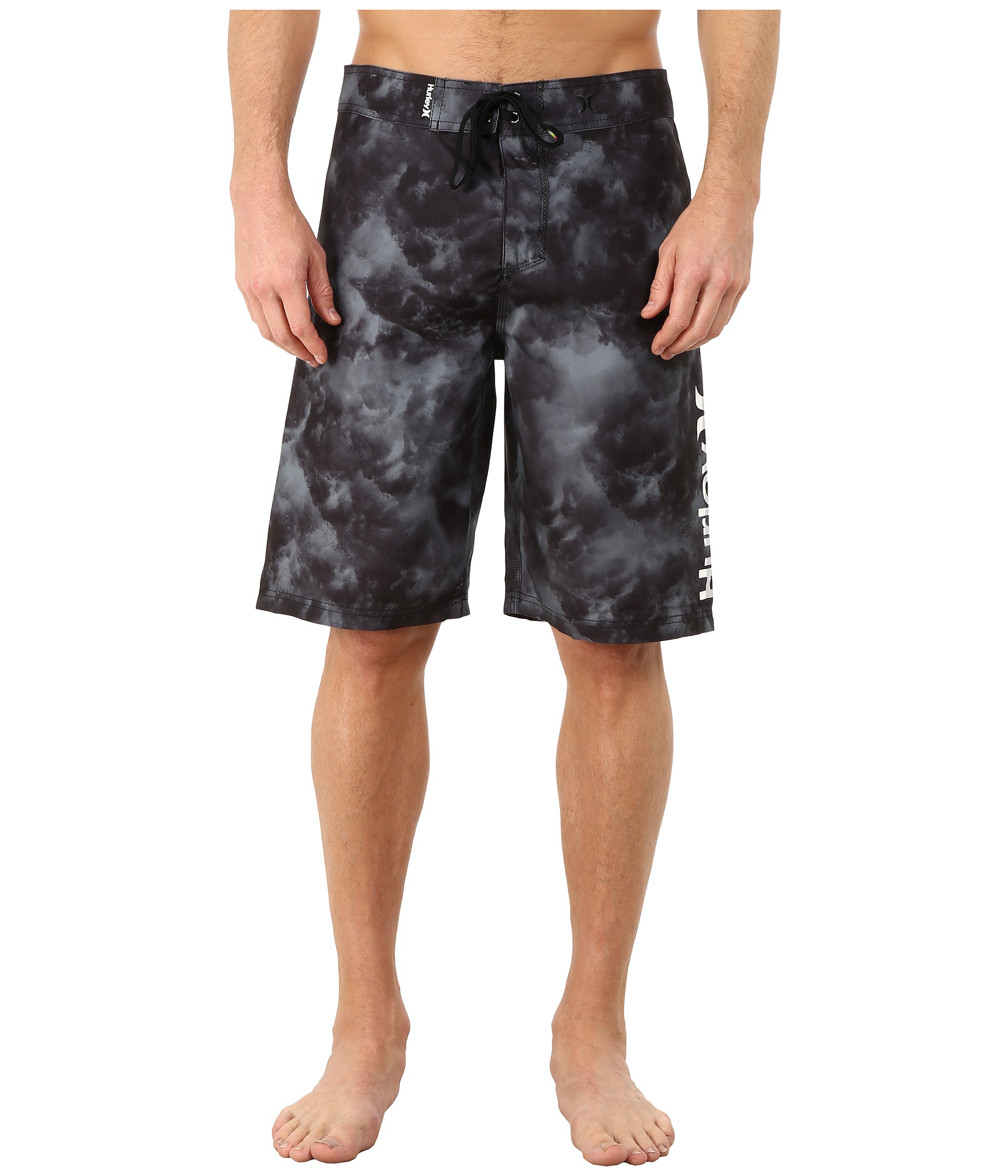 black single men in hurley Designed to help make every session lighter, faster, and more flexible, hurley phantom boardshorts offer a gateway to your peak performance.