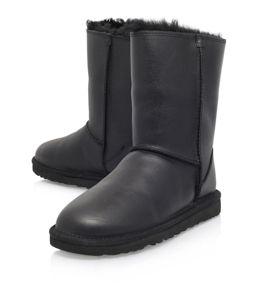 lyst ugg classic short zip boot in black. Black Bedroom Furniture Sets. Home Design Ideas