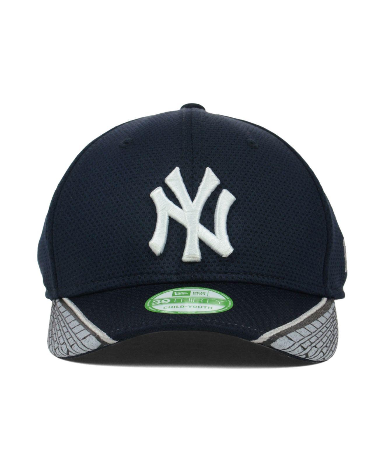 hot sale online 0bee5 d4012 ... low price cap gff release date c34d1 2970e lyst ktz kids new york  yankees vertical strike