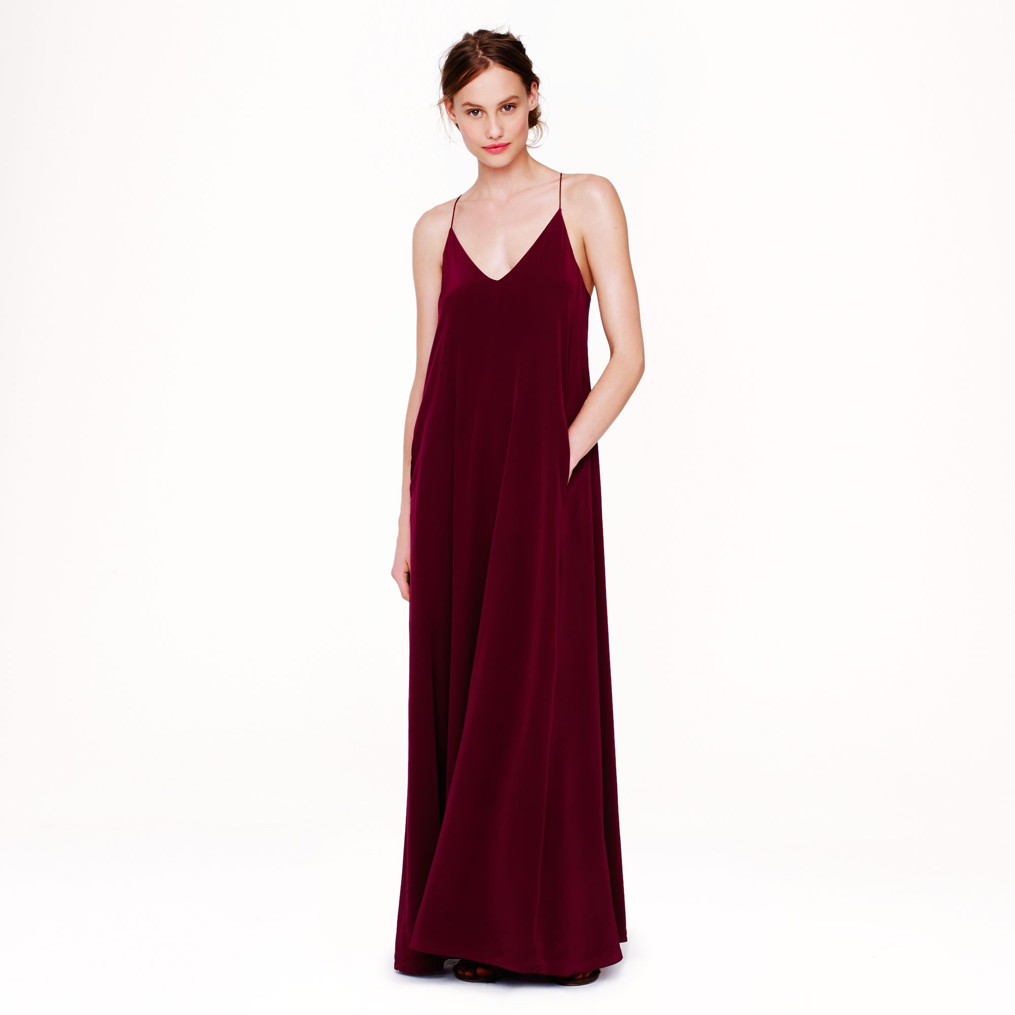 Maxi Dresses. Maxi Dresses are an essential part of any woman's wardrobe, and THE ICONIC has a style to suit everybody. Look to bold, bright prints for an eye-catching statement, or keep things classic with block colours. THE ICONIC boasts an impressive selection of maxi dresses from renowned Australian and international designers.