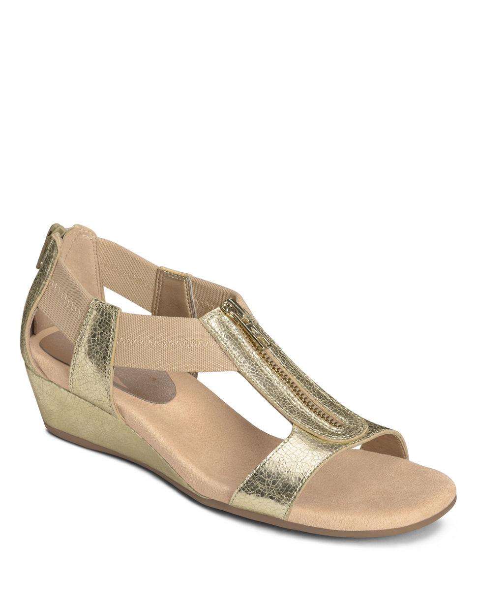 aerosoles serenyeti faux leather wedge sandals in metallic