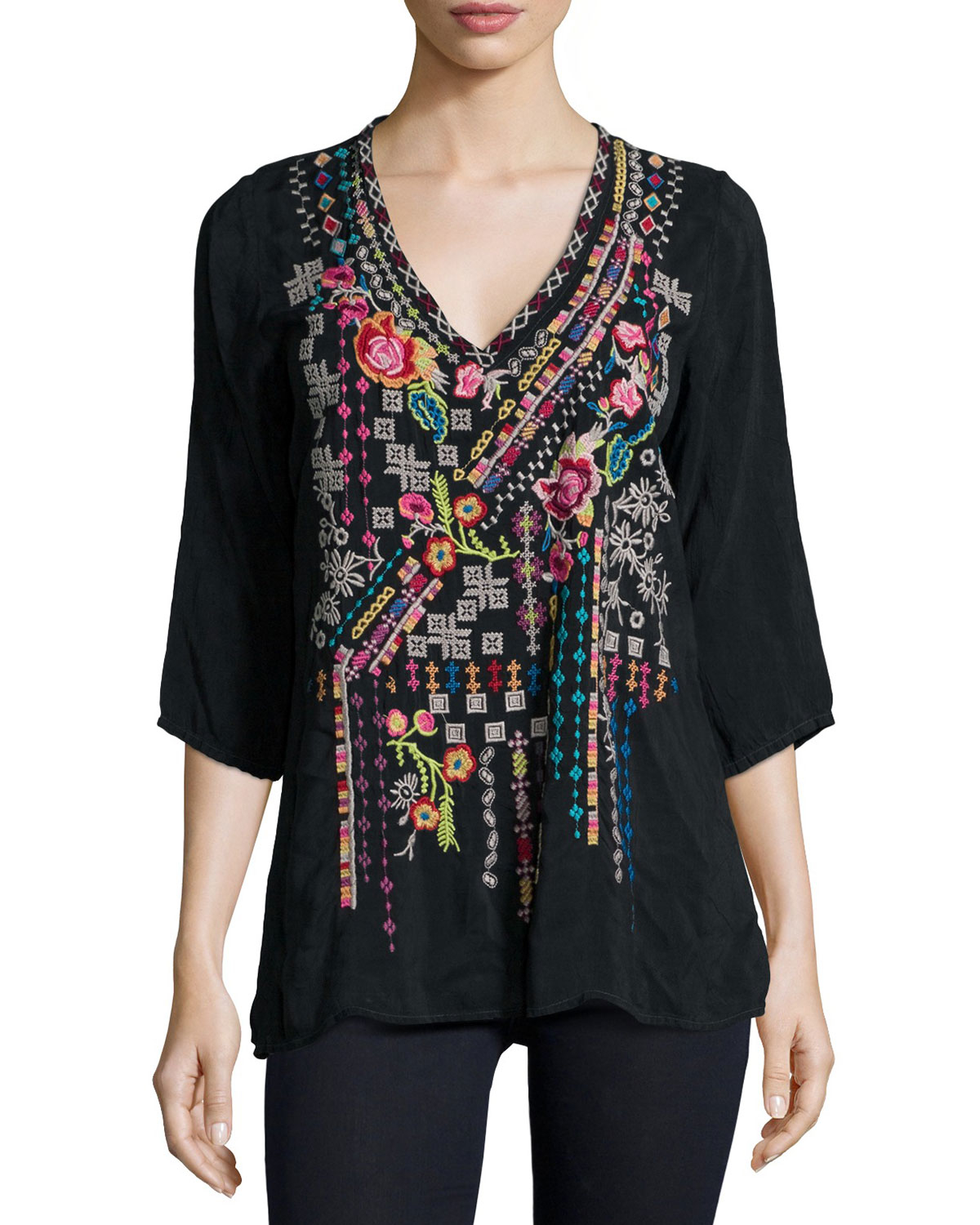 Johnny was Sonrisa Embroidered Tunic in Black