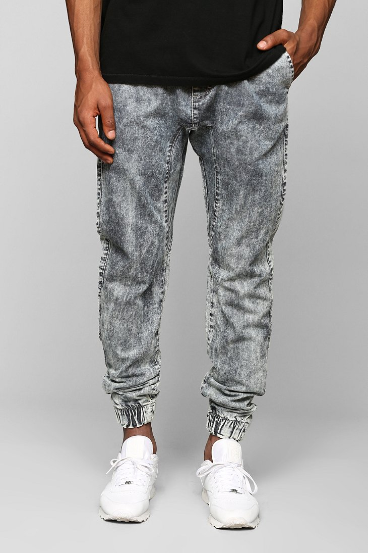 Innovative 17+ Best Ideas About Denim Joggers Outfit On Pinterest | Black Joggers Black Jogger Pants And ...
