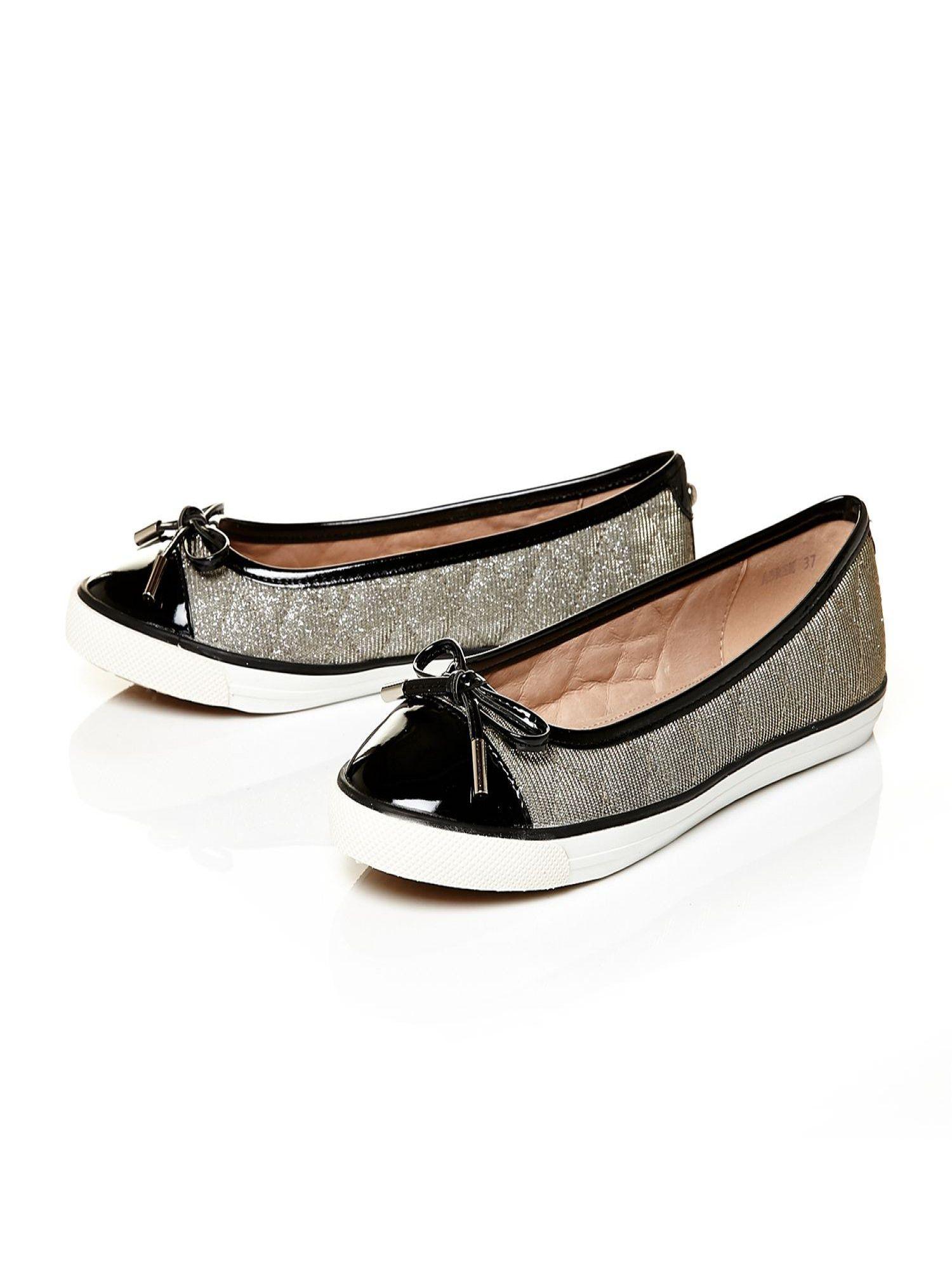 Vigoss Flat Shoes