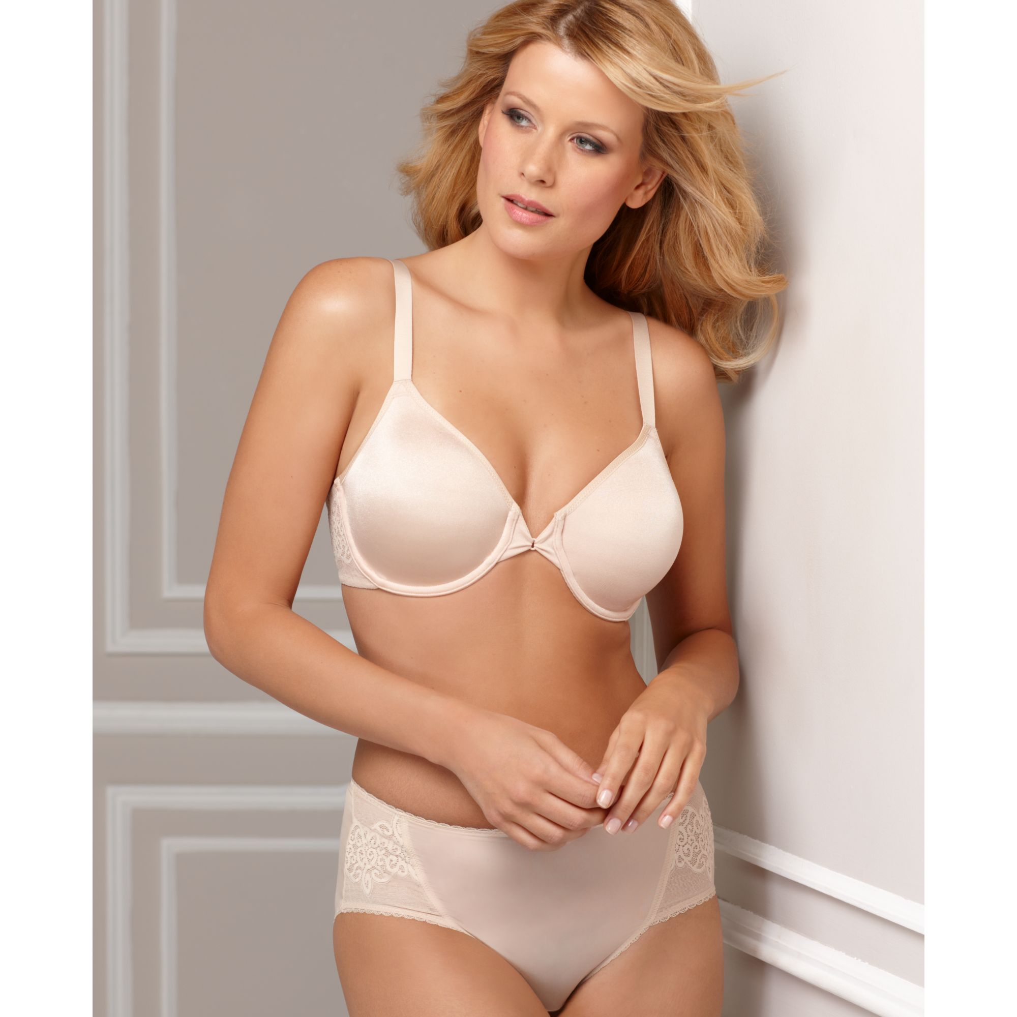 wacoal so sleek full figure underwire in beige natrually nude