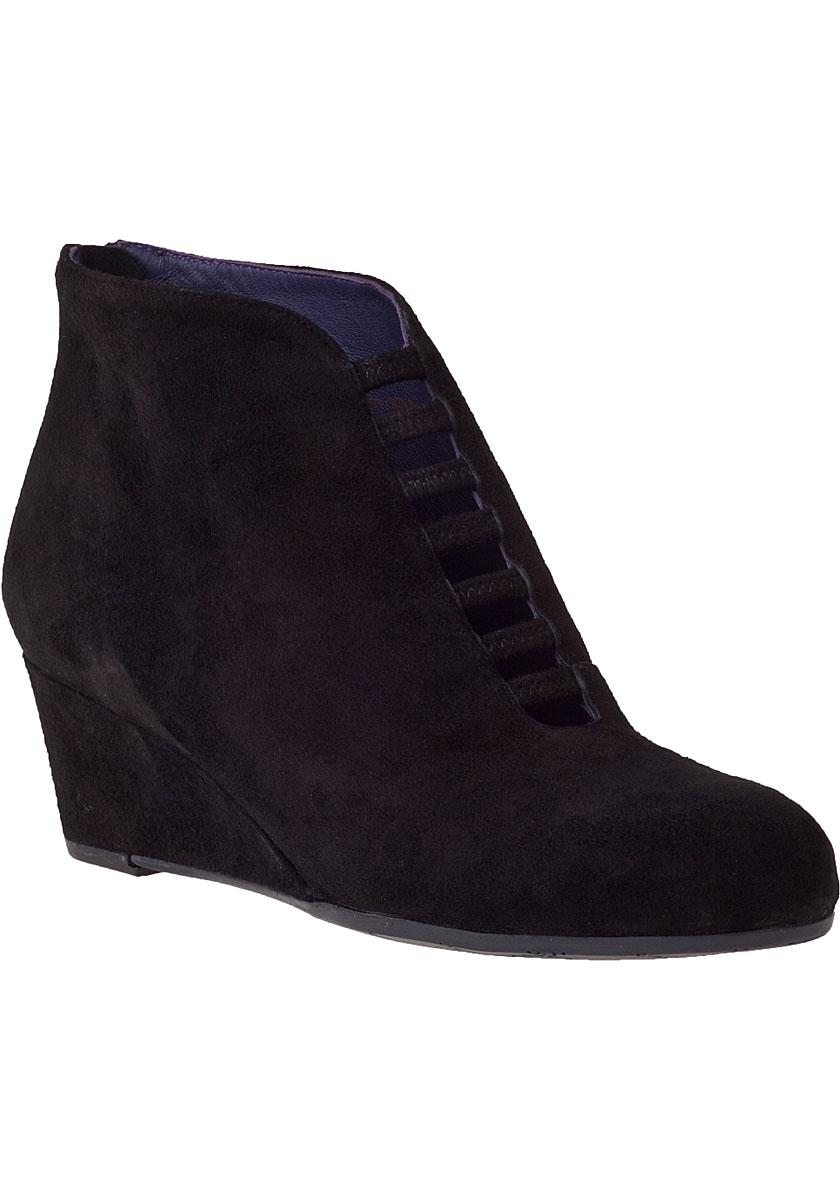 vaneli for jildor leonita wedge boot black suede in black