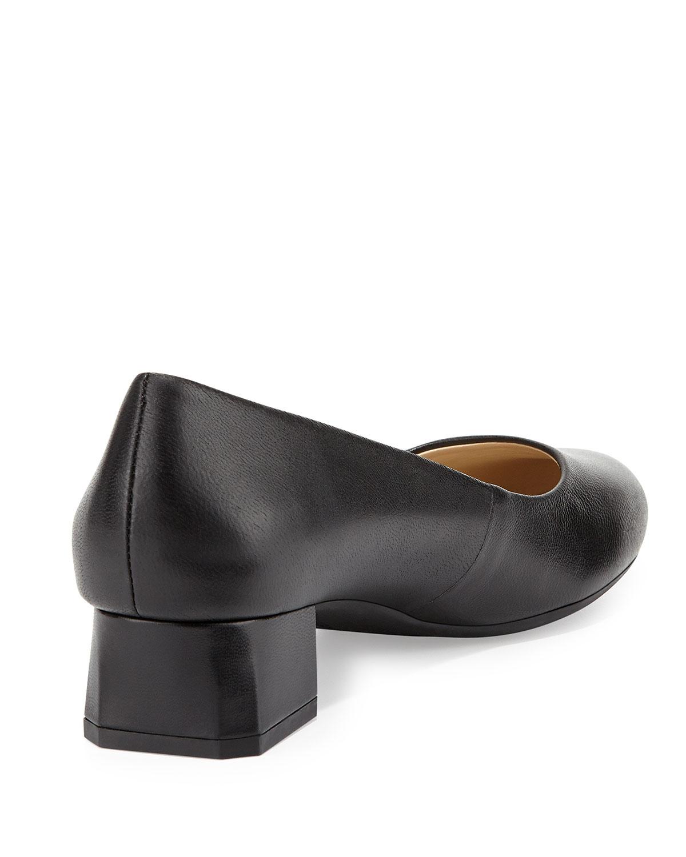 9b55db8b57d Lyst - Adrienne Vittadini Gisella Block-Heel Pump in Black