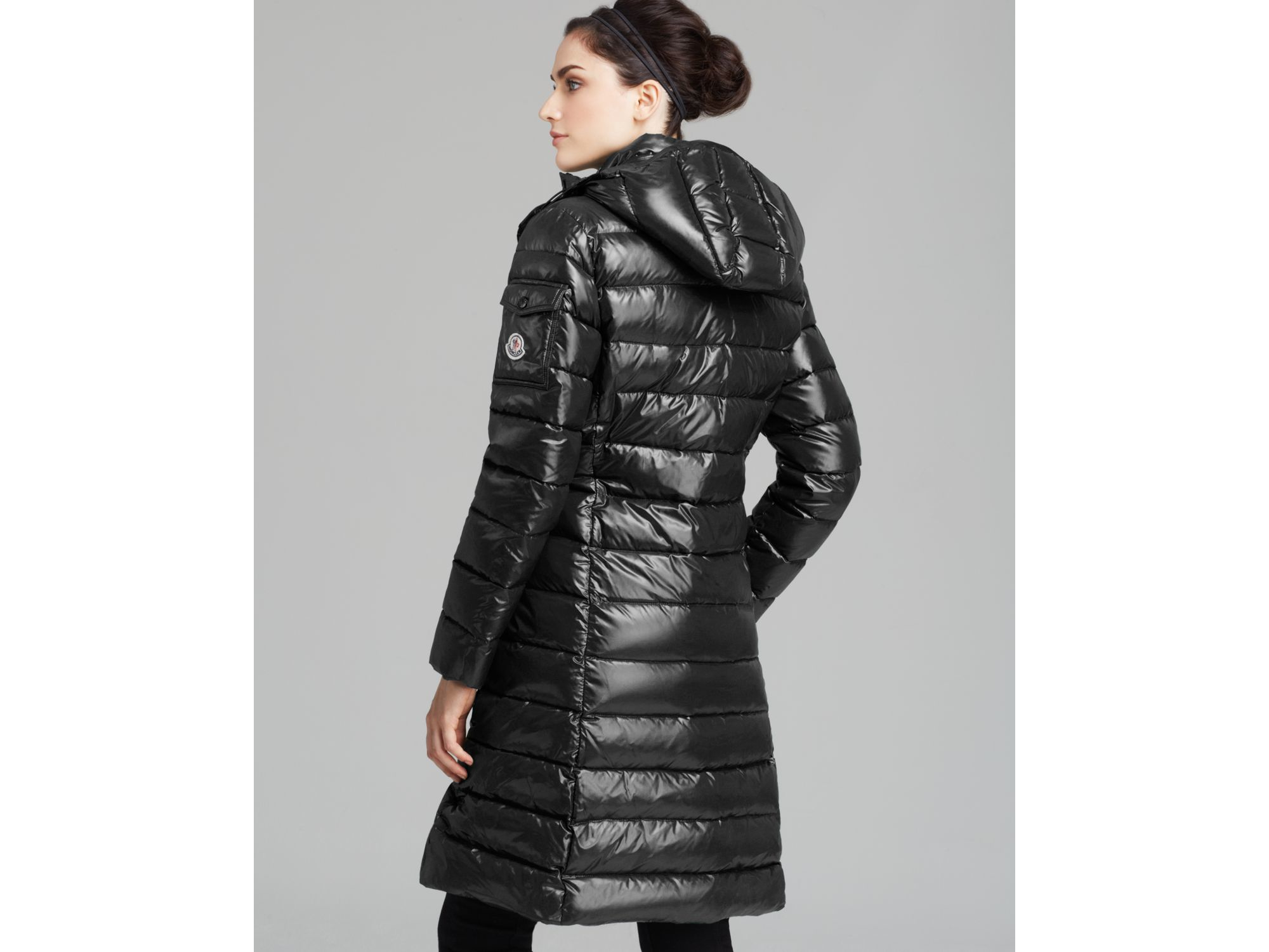 Moncler Moka Mid Length Down Coat in Black | Lyst