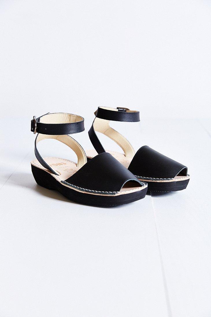 Lyst Pons Avarcas Mediterranean Platform Sandal In Black