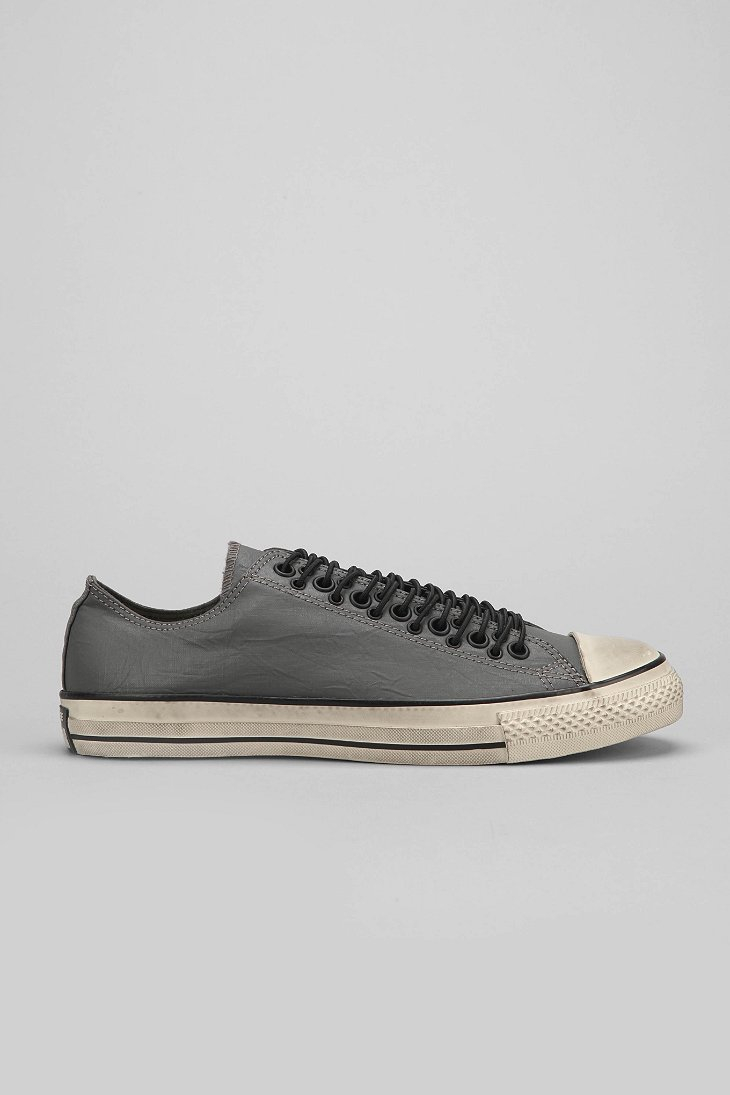 fca8f17c4dc4 Gallery. Previously sold at  Urban Outfitters · Men s John Varvatos Converse  ...