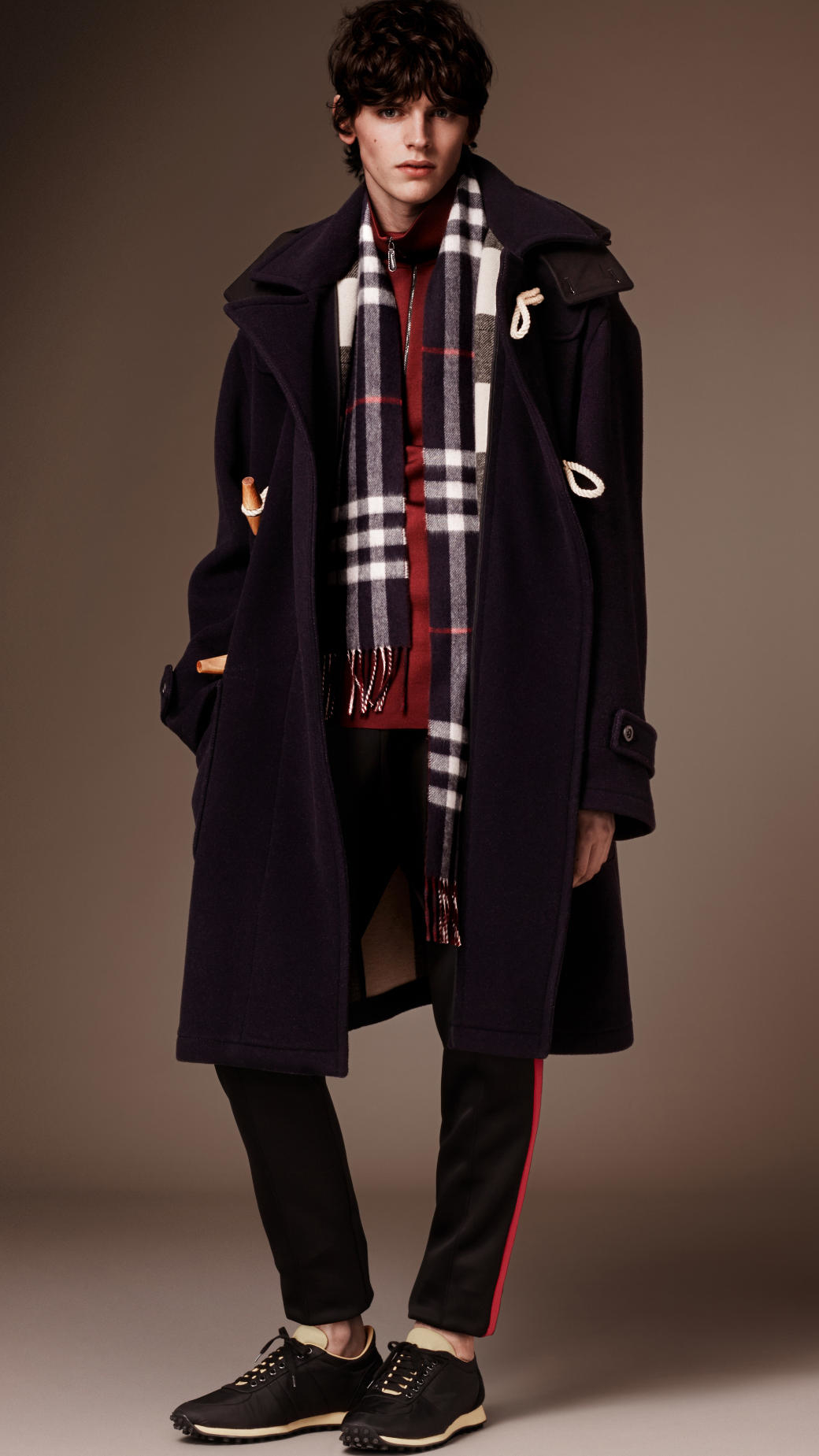 Burberry Oversize Wool Blend Duffle Coat With Detachable Hood in ...