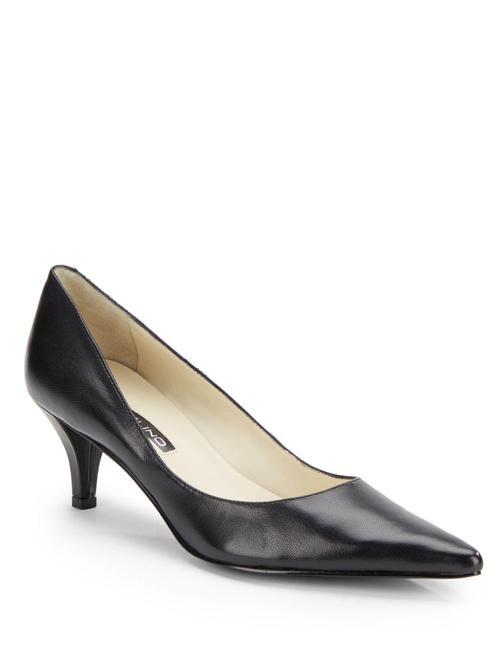 fa9b79b438 Bandolino Berry Leather Kitten-Heel Pumps in Black - Lyst
