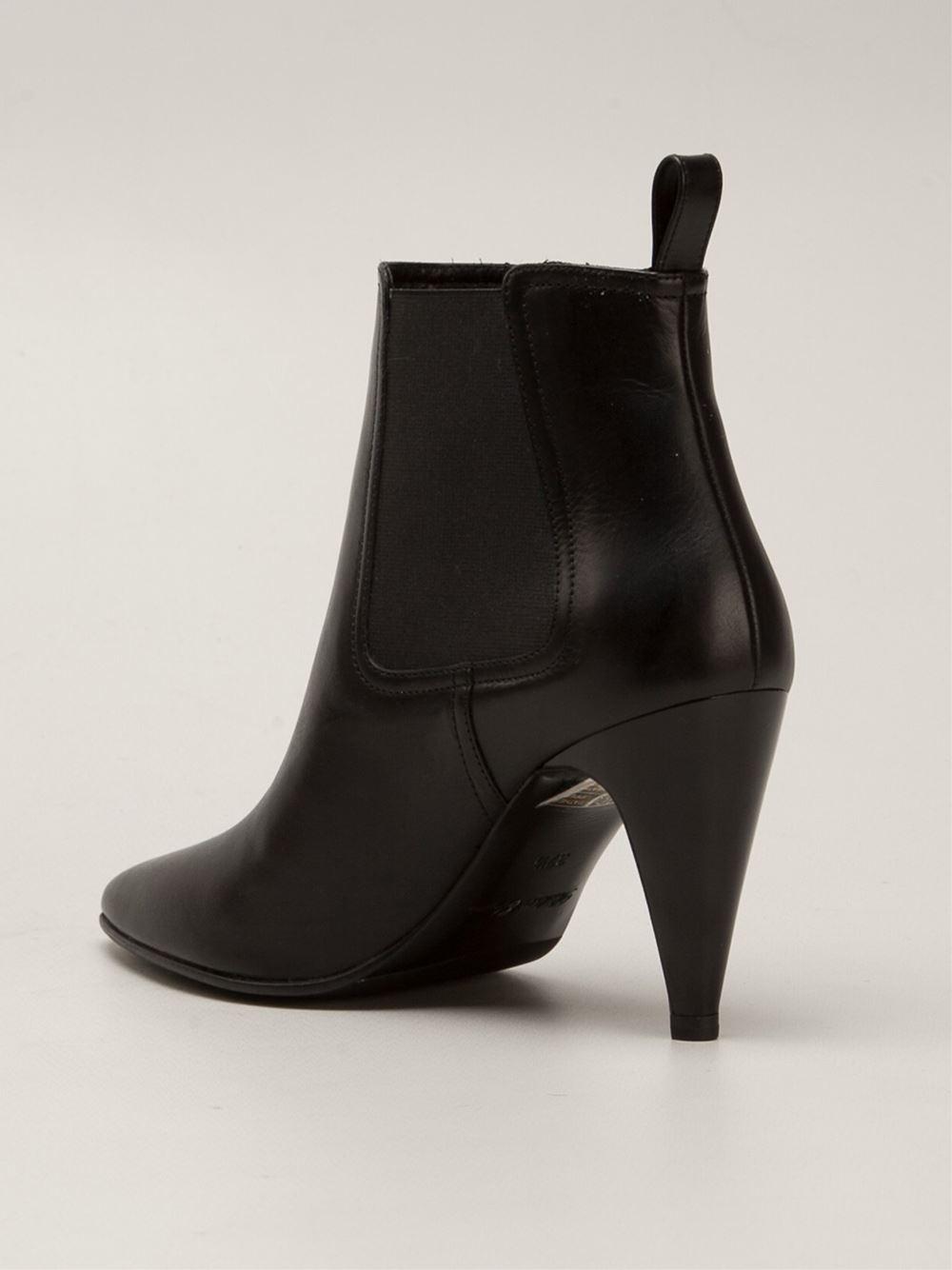 Robert Clergerie Kute Boots in Black