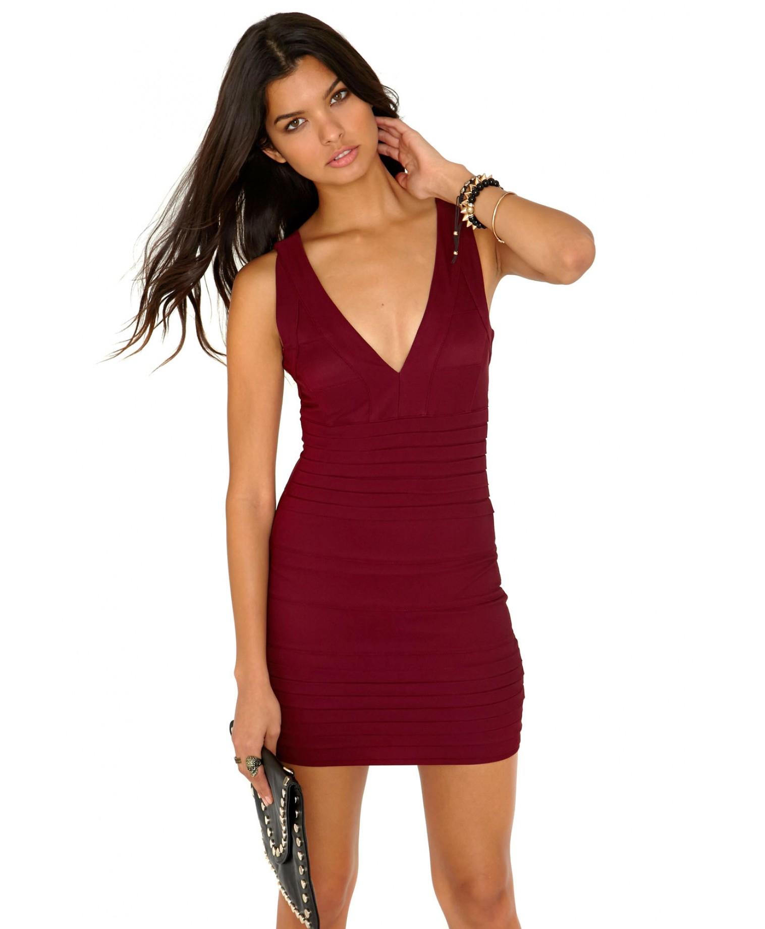 Lyst Missguided Leena Bandage Bodycon Dress In Burgundy