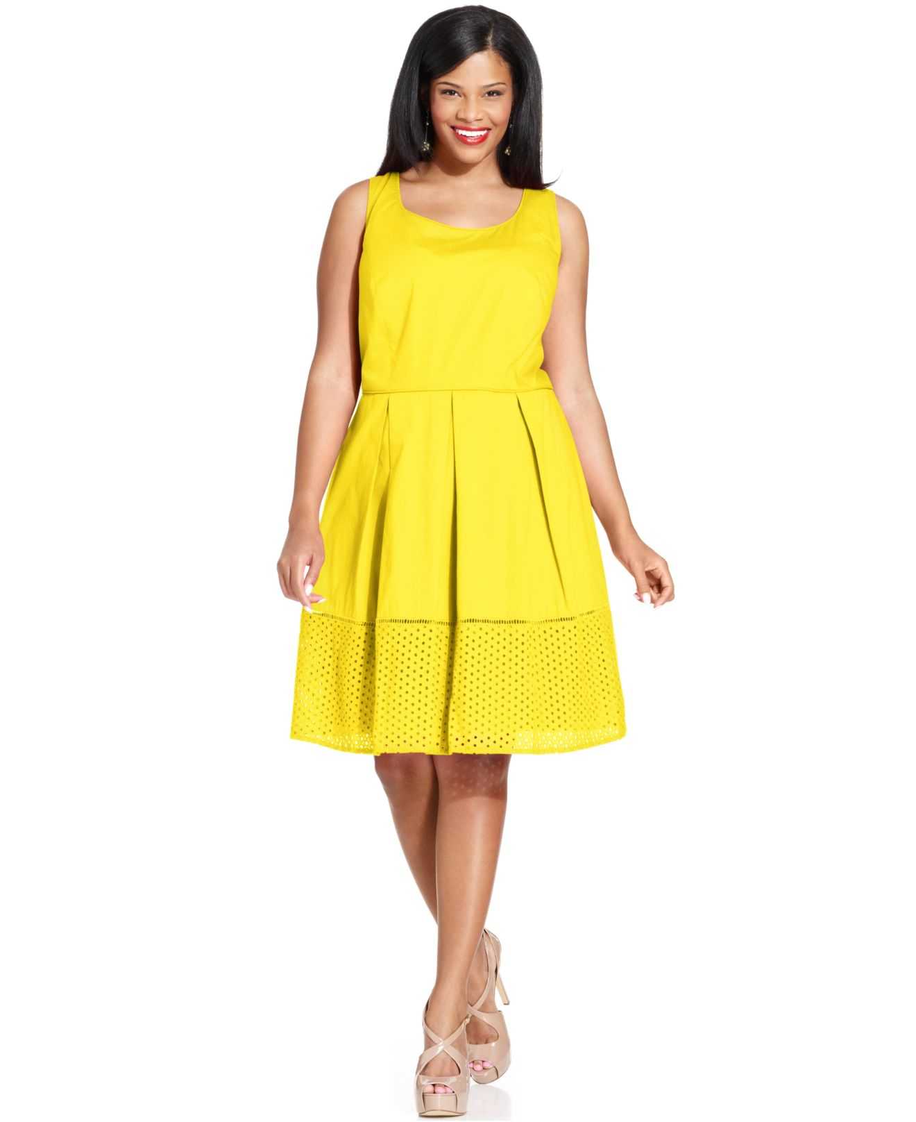 Spense Plus Size Sleeveless Pleated Eyelet-Hem Dress in Yellow | Lyst