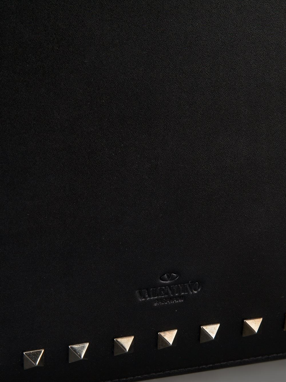 5cf9293a0 Valentino 'Rockstud' Ipad Case in Black - Lyst