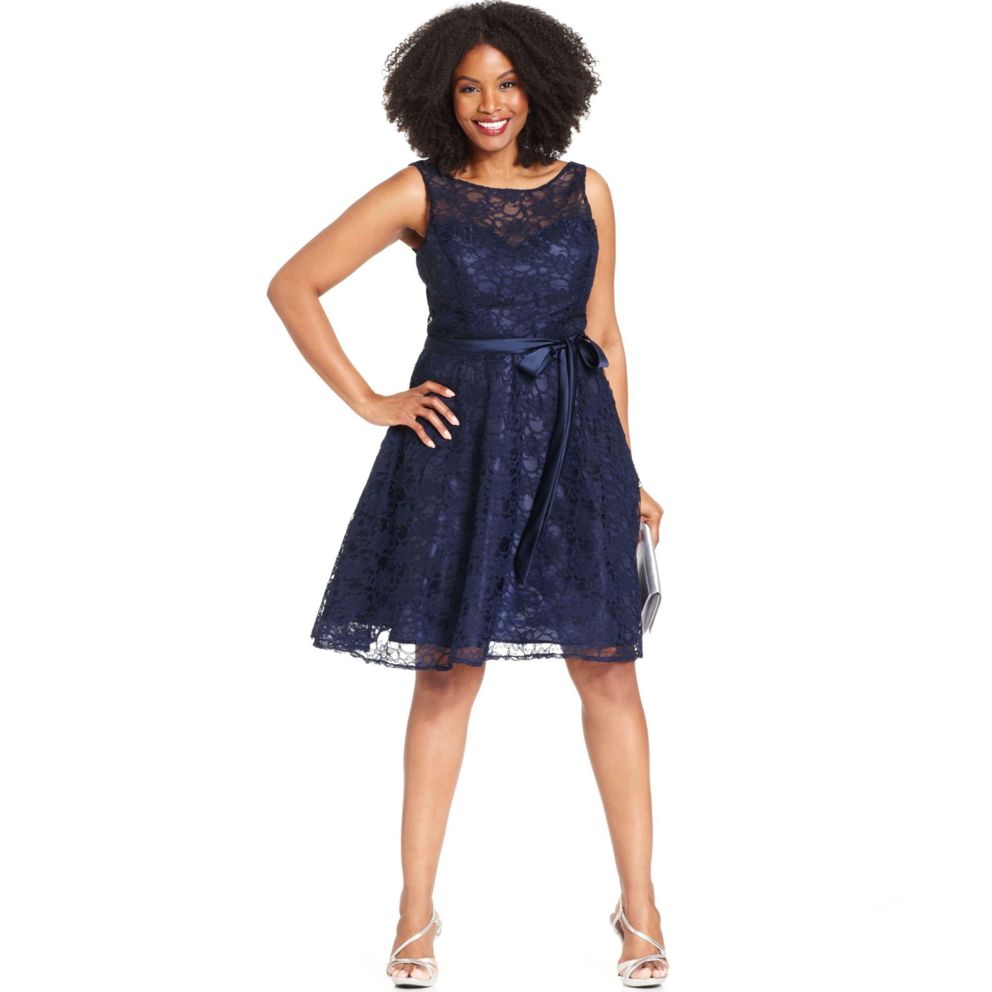 Plus Size Illusion Lace Dress