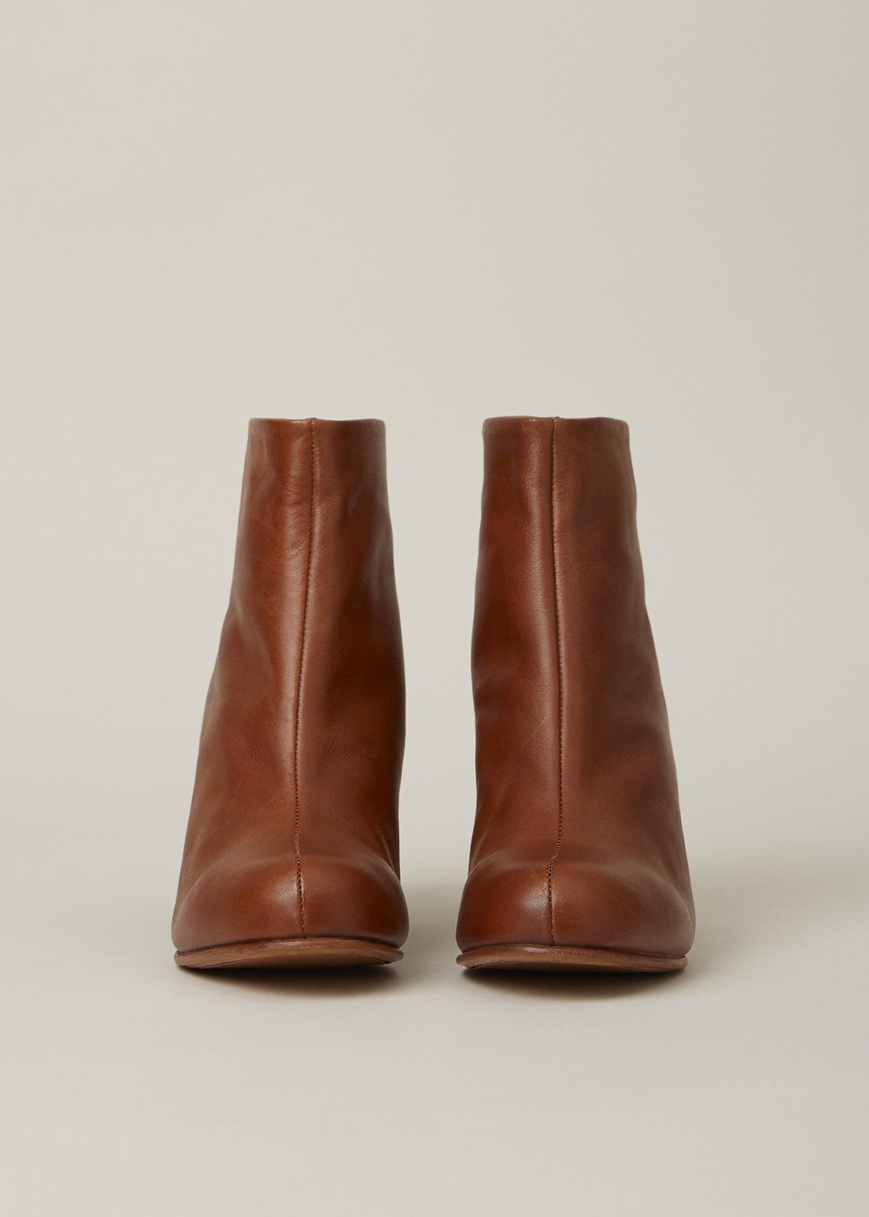 5b3fa14fec9ac Rachel Comey Brown Waxy Caramel Tilden Ankle Boot