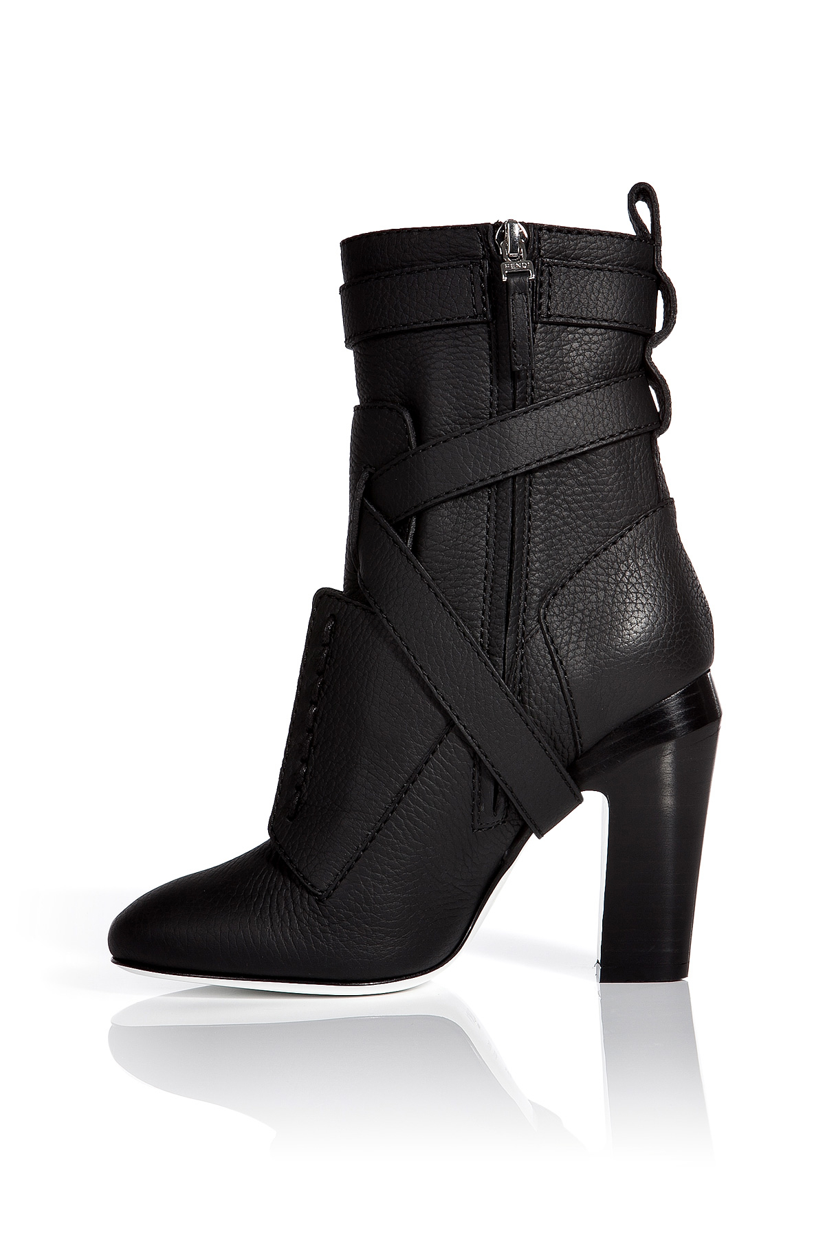 cheap new arrival Fendi Leather Ankle Boots deals sale online outlet manchester great sale free shipping hot sale free shipping visa payment pXhN68fC