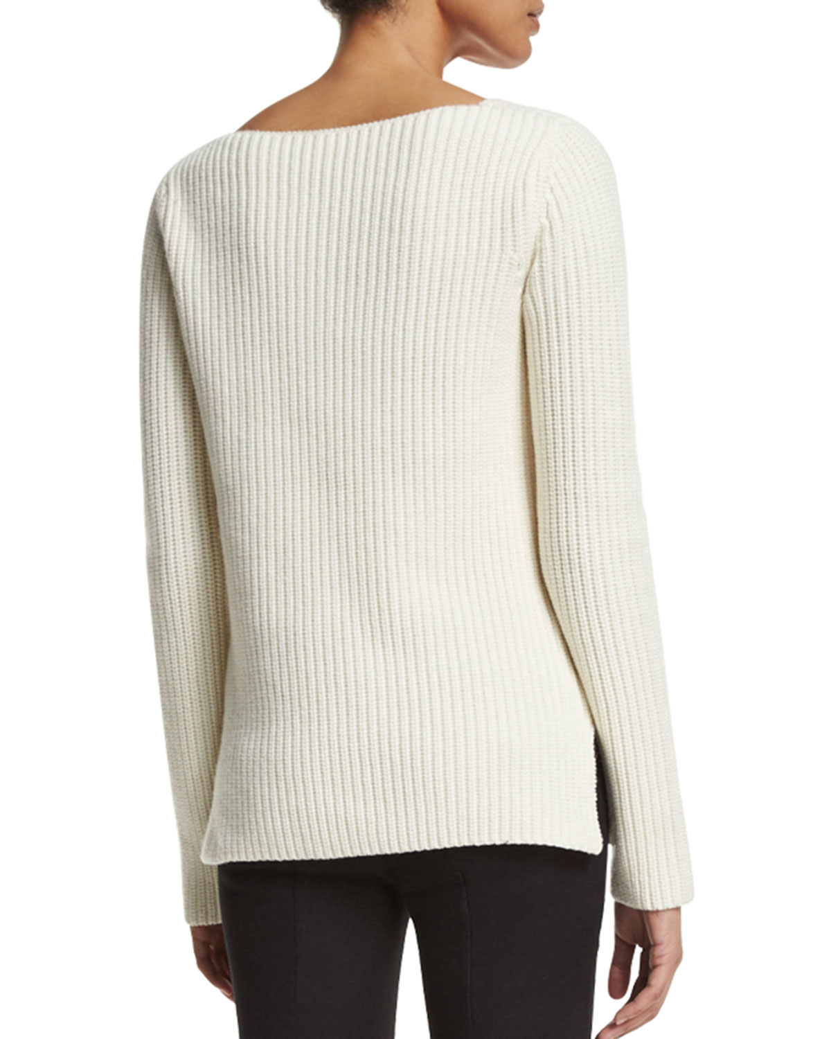 Sweaters + Cardigans for Women Cozy up in an oversized sweater from Urban Outfitters' selection of women's sweaters and cardigans. Find a new closet staple with our wide selection of chunky knits and button-down cardigan styles.