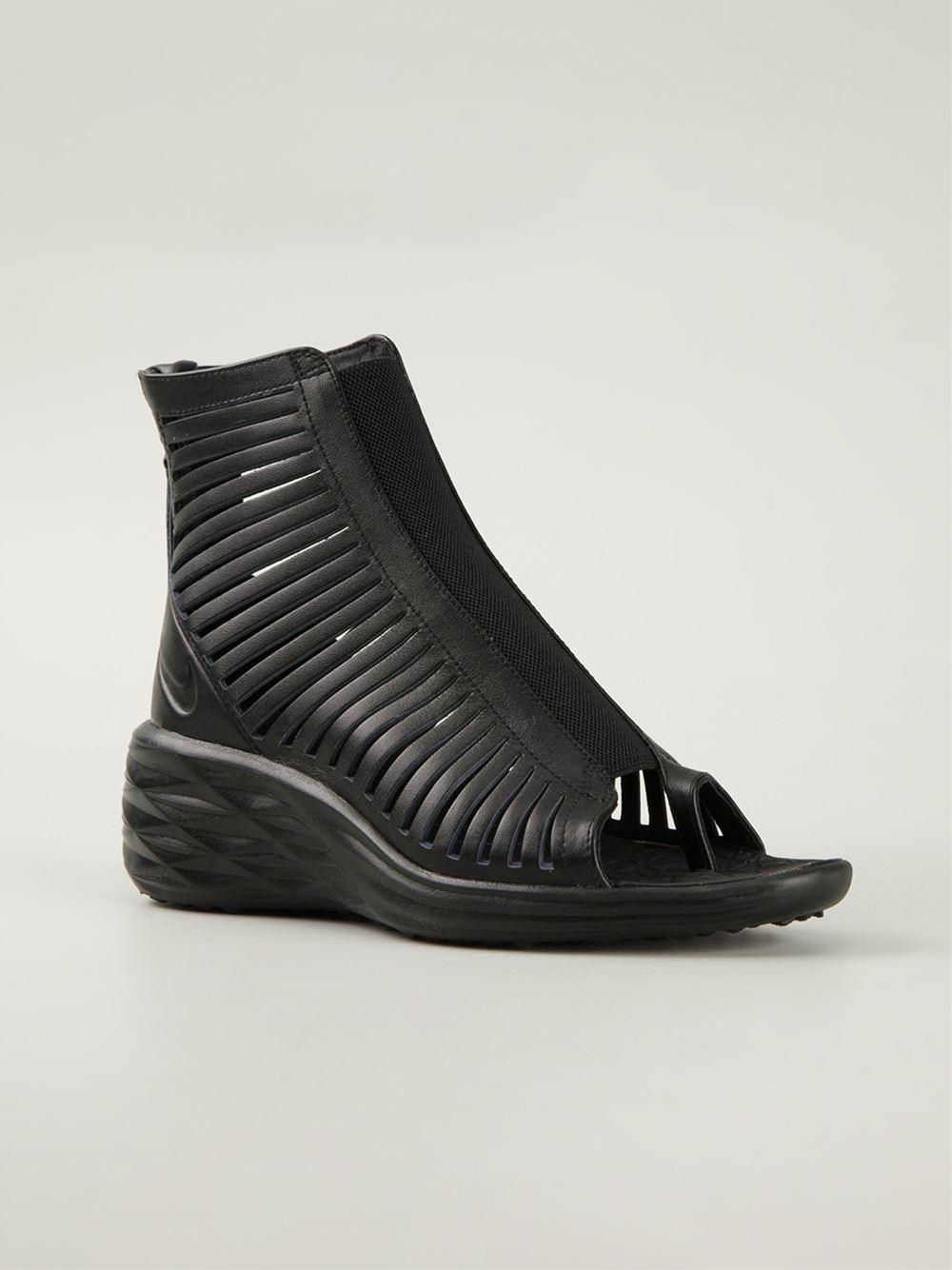 eca8fe20f873 Lyst - Nike  Lunarsandiator  Sandals in Black