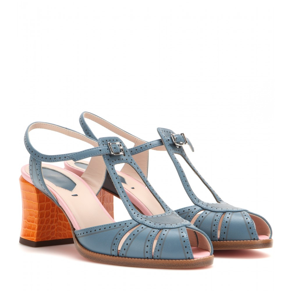 Fendi Leather sandals mE2os19U5