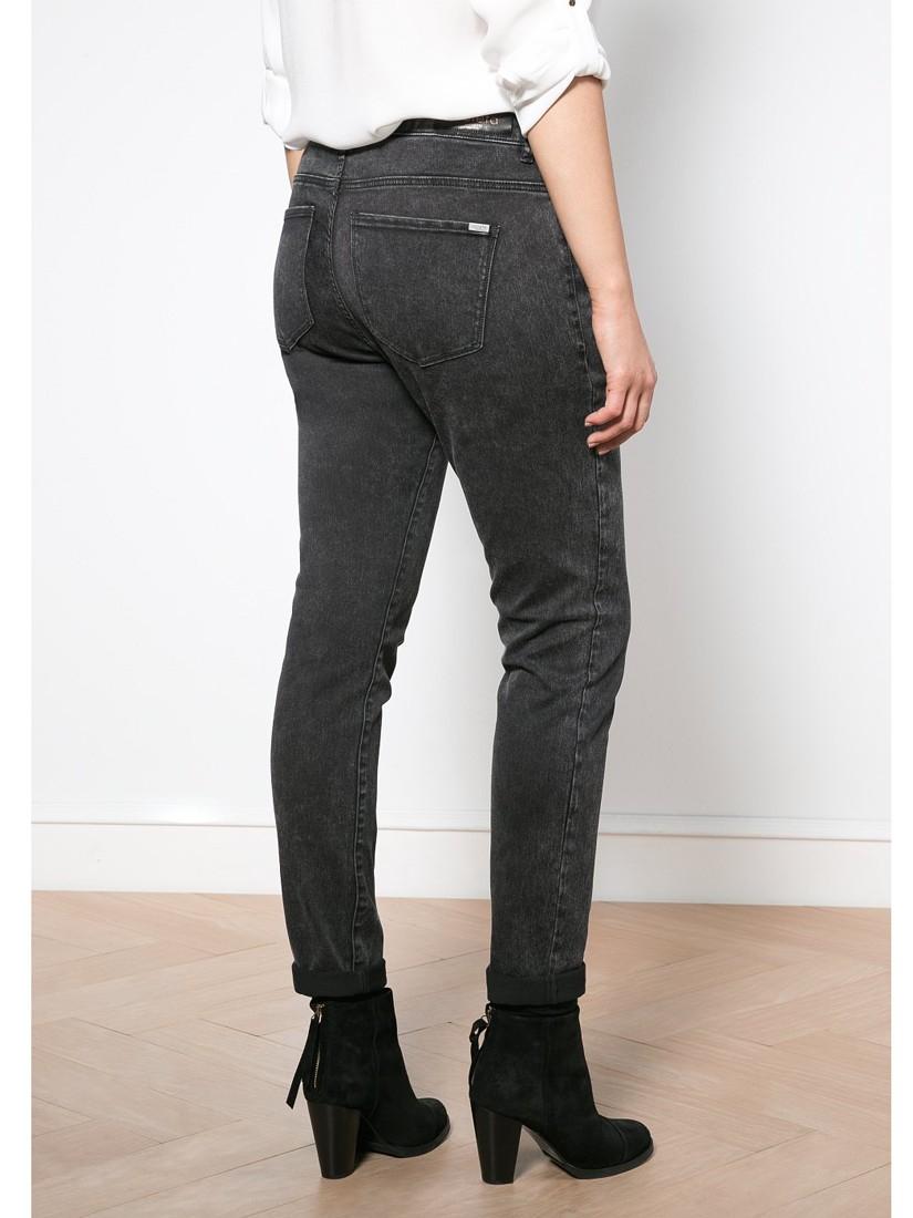Violeta by Mango Super Slim Roxy Jeans in Black