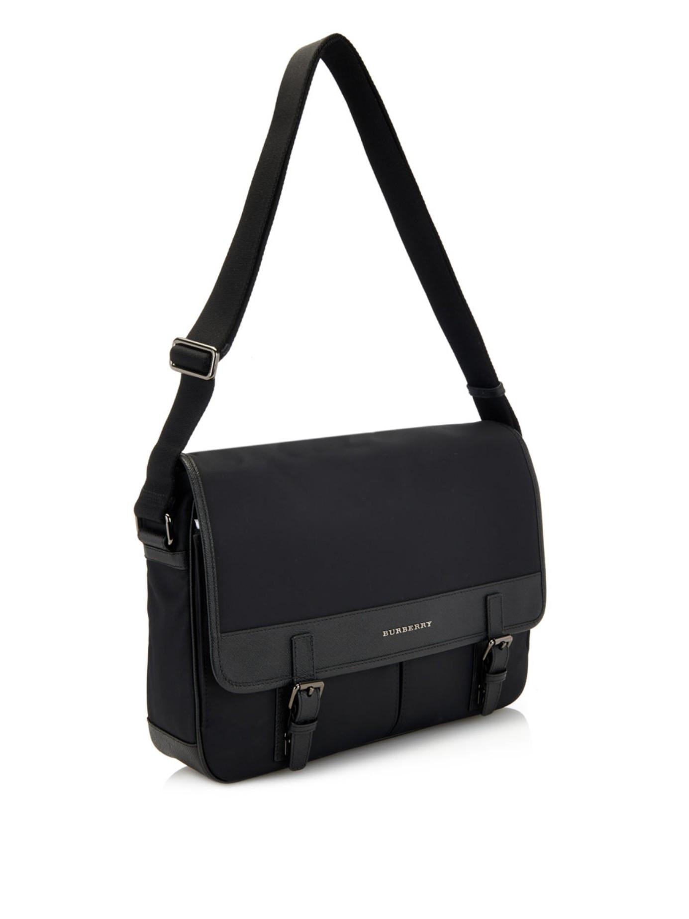 5d818f716843 Burberry Fairbank Nylon Messenger Bag in Black for Men - Lyst