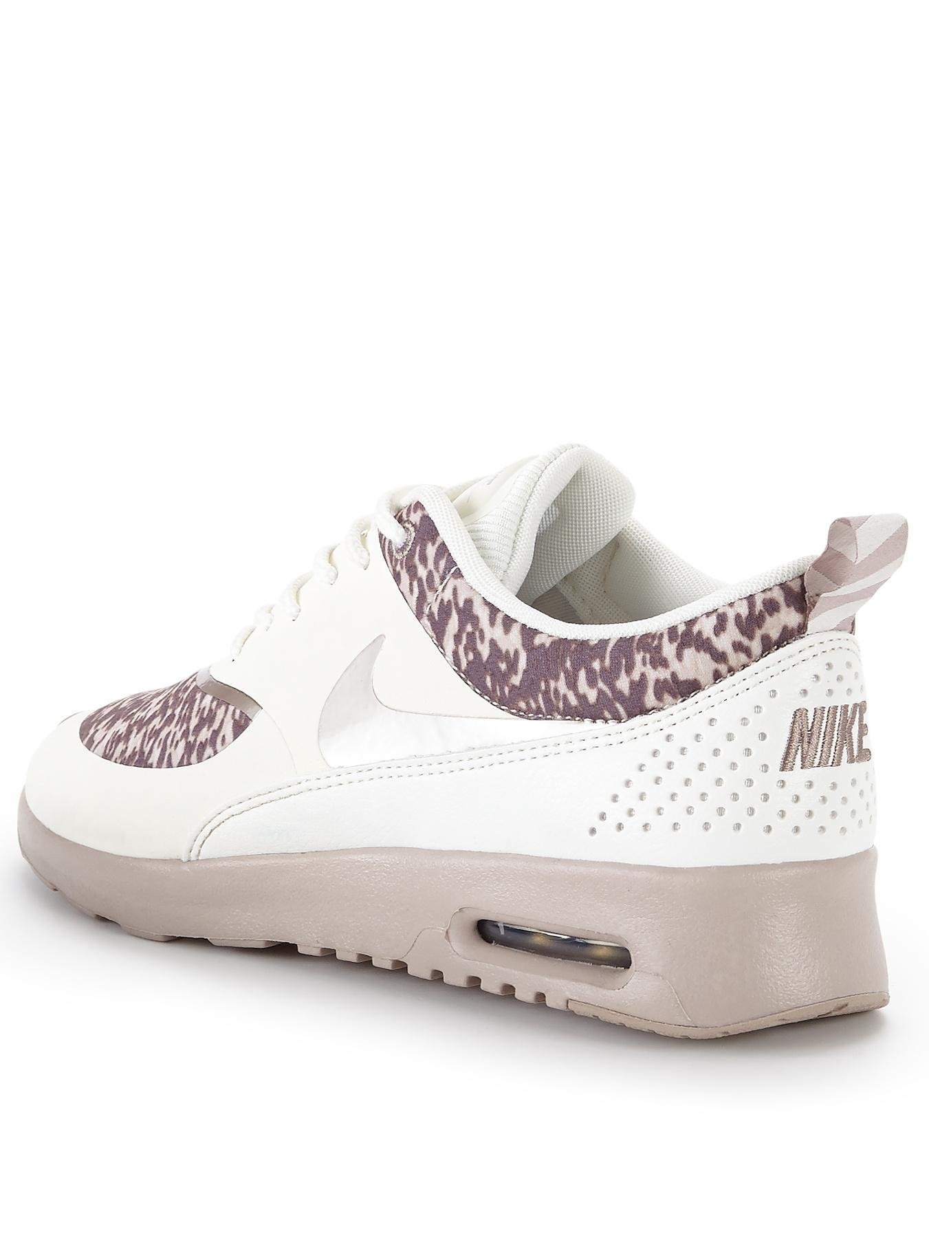 nike thea print trainers in beige cream brown lyst. Black Bedroom Furniture Sets. Home Design Ideas
