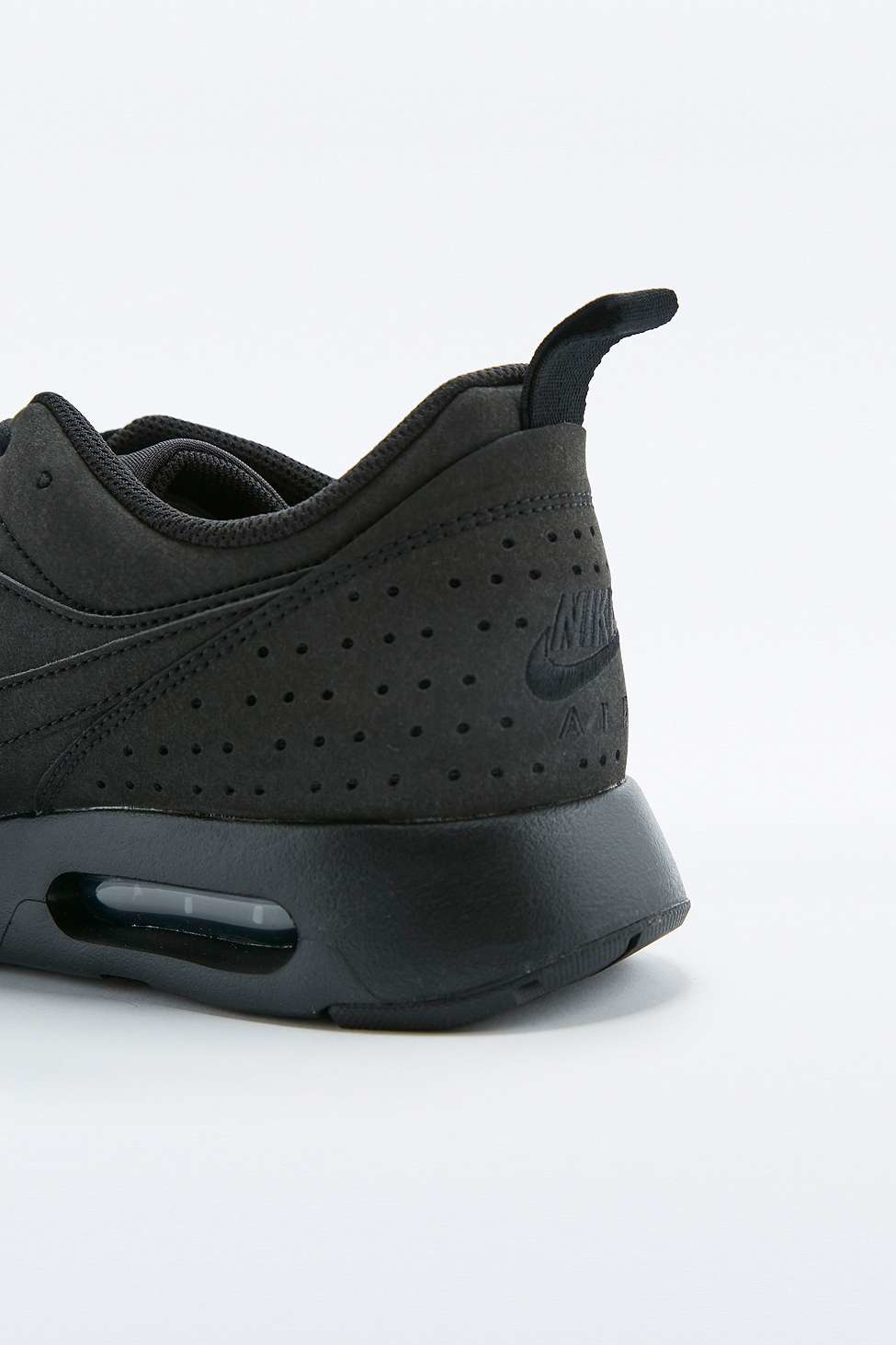Nike Air Max Tavas Black Leather Trainers In Black For Men