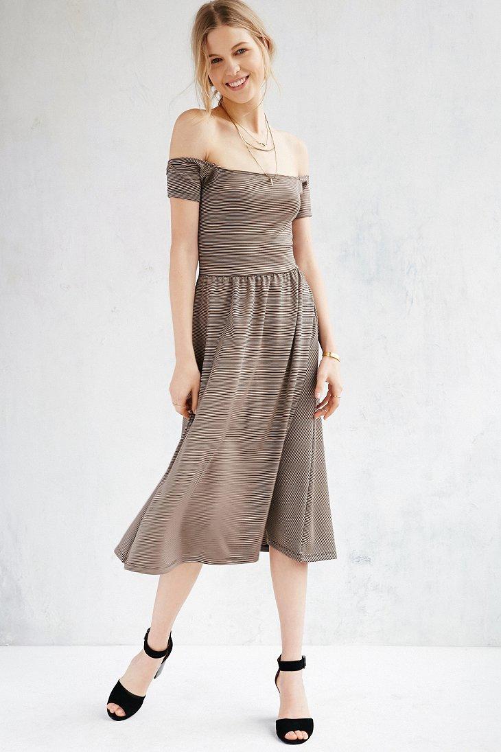 56a484ad7 Kimchi Blue Off-the-shoulder Midi Dress - Lyst