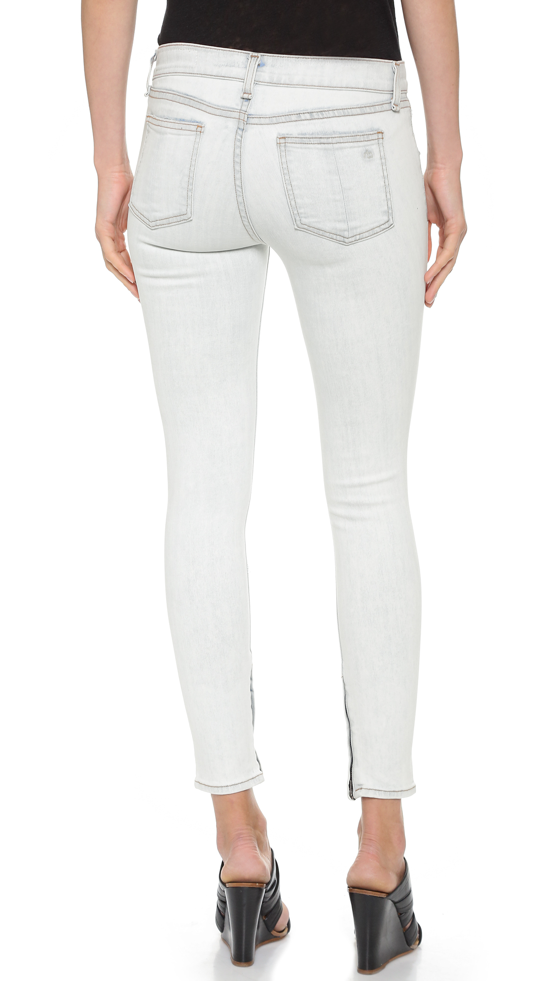 Rag & bone The Zipper Capri Jeans - Shredded Bleachout in White | Lyst