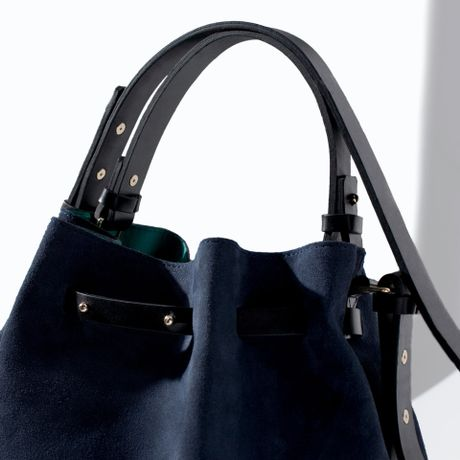 Zara Coloured Leather and Suede Bucket Bag in Blue (Navy blue)