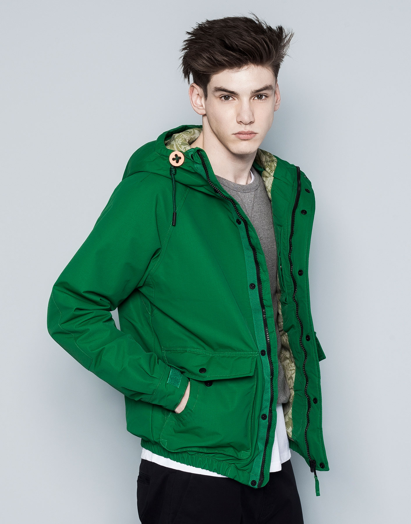 pull bear jacket with hood in green for men lyst. Black Bedroom Furniture Sets. Home Design Ideas