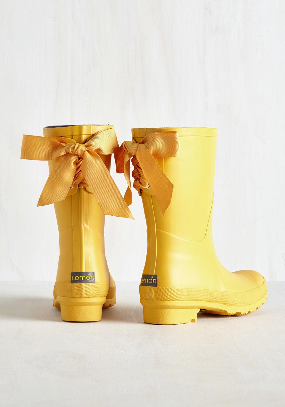 Anew Legwear Lemon Good To The Last Raindrop Rain Boot