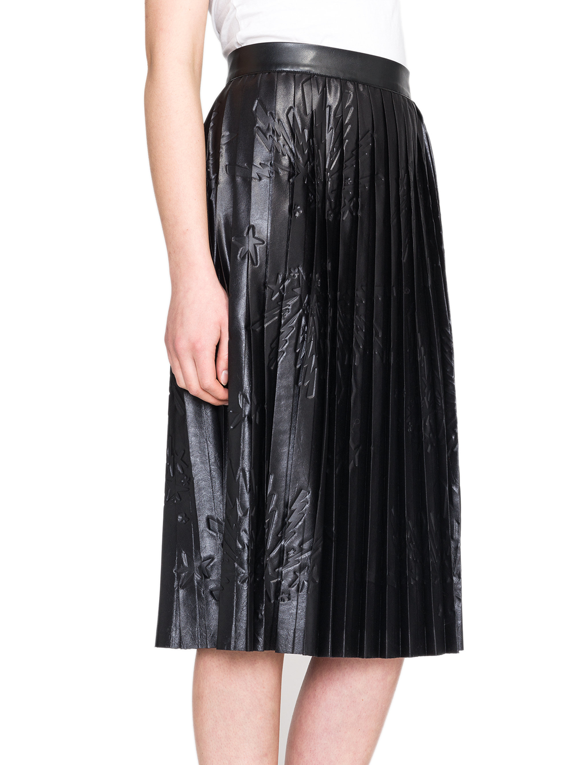 msgm pleated printed faux leather midi skirt in black lyst