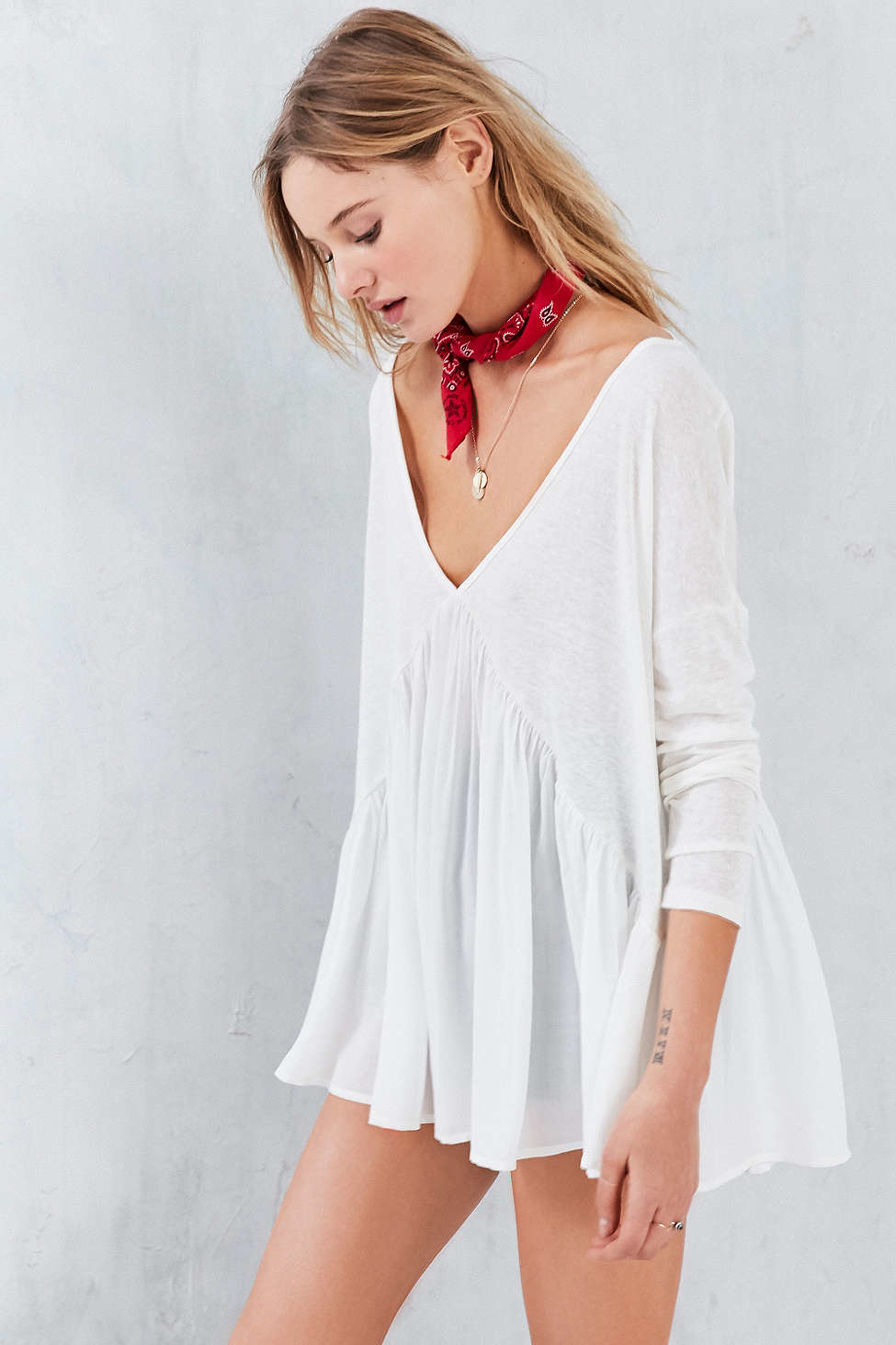 Lyst - Kimchi Blue Double-V Babydoll Top In White-6399