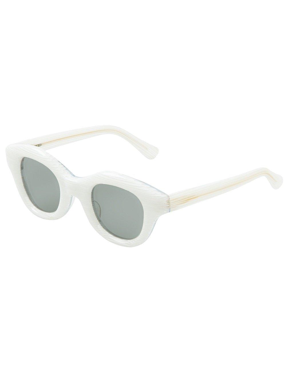 Hakusan Hook Sunglasses in White