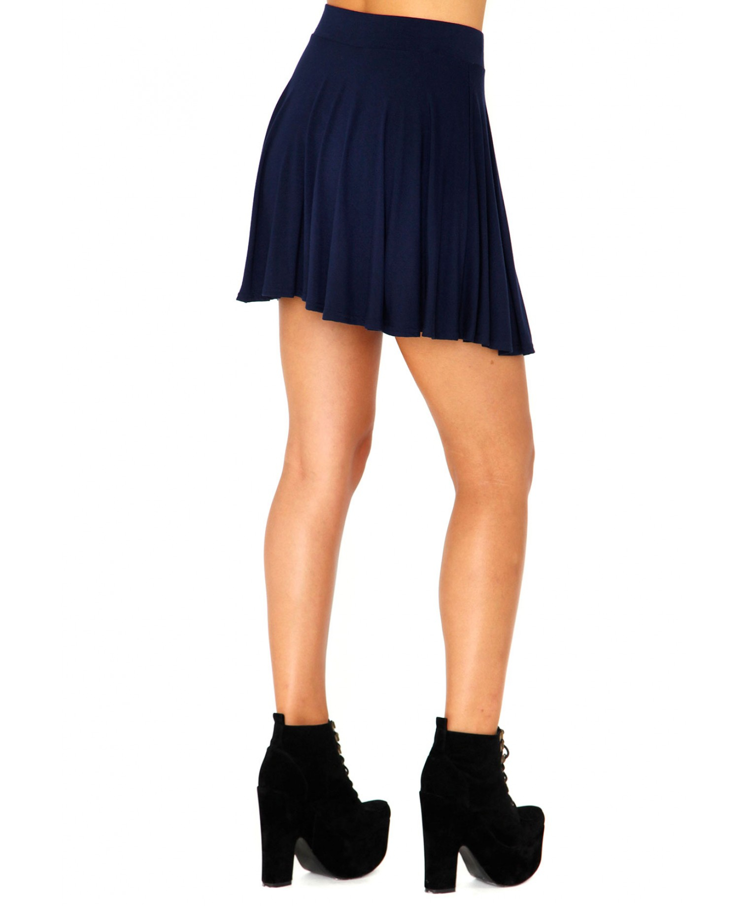 missguided briae mini skater skirt in navy in blue navy