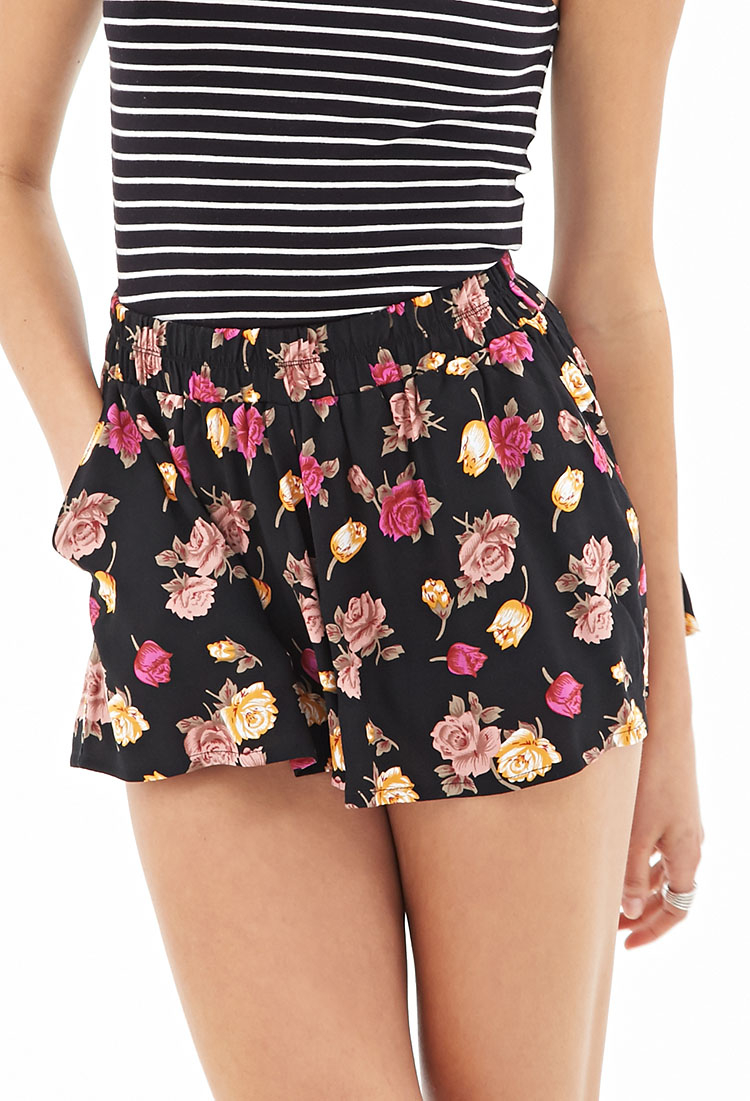 Forever 21 Floral Print Flowy Shorts in Black | Lyst
