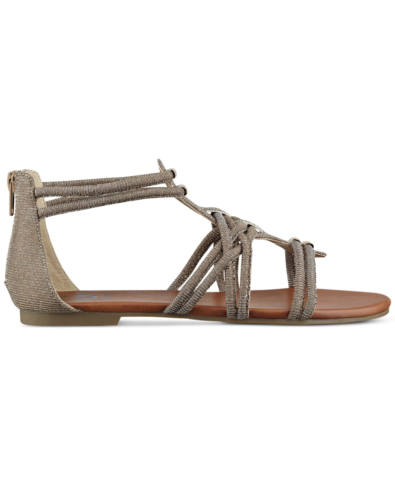 G By Guess Women S Learn Flat Gladiator Sandals In
