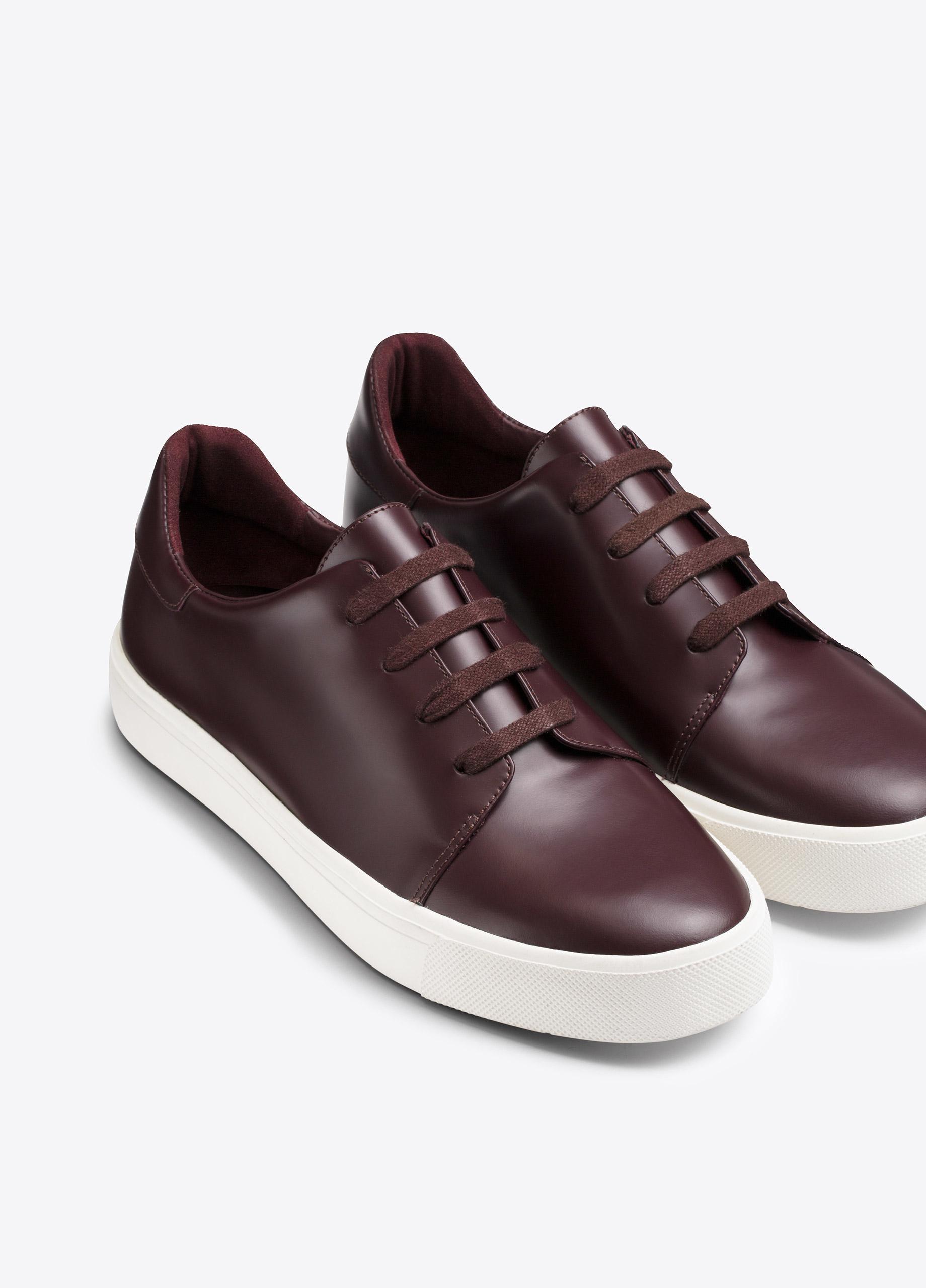 Vince Bale Leather Sneaker in Purple