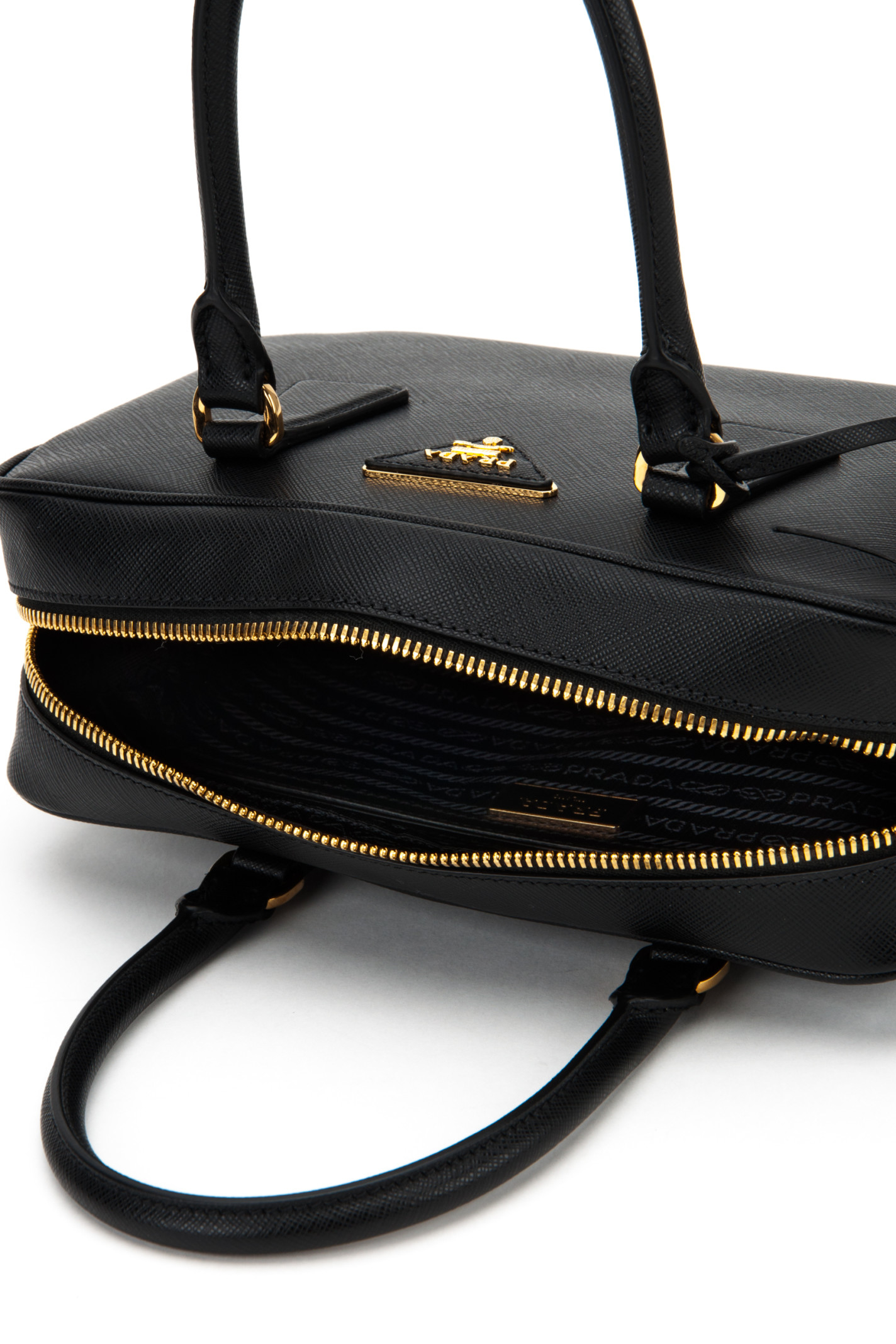 eebc32320dce cheapest prada totes 0808 light green b4e0e 78f8f  best price prada baltic  nero handbag b84ac 73c34
