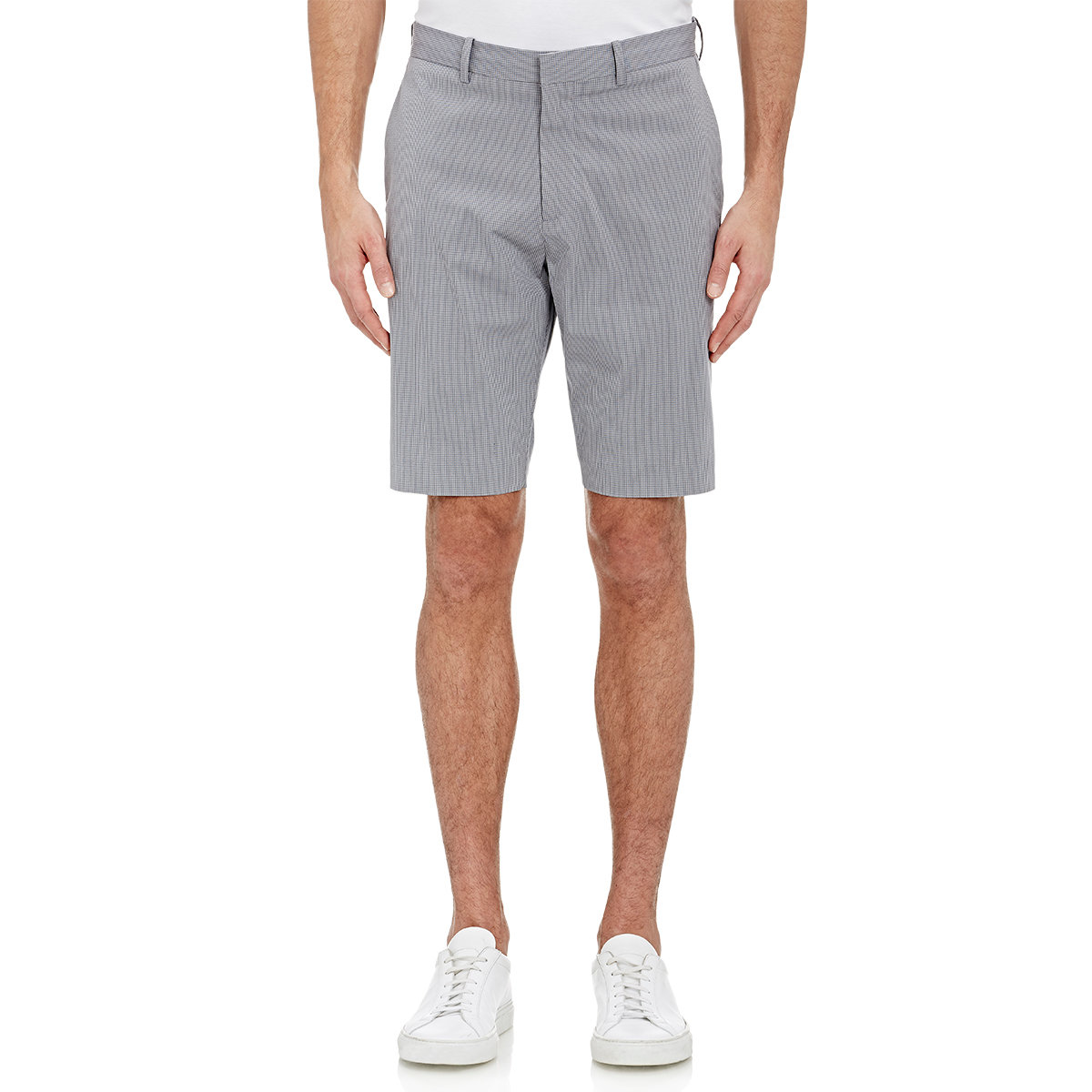 Shop Micros Apparel for men and boys. You can find a great selection of flannels, jogger pants, waist shorts, and more at Tillys.
