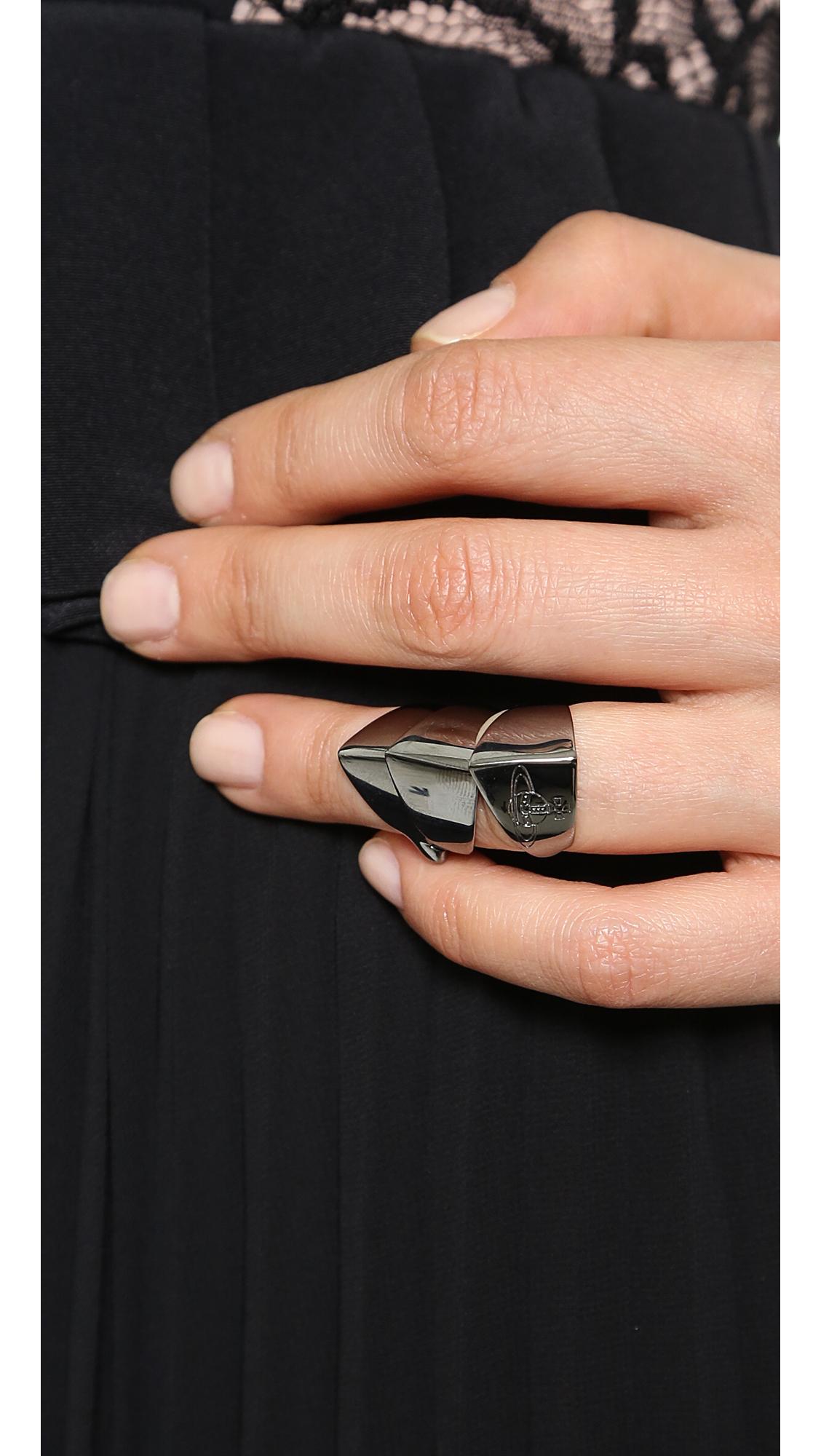 Vivienne Westwood Knuckleduster Ring Gunmetal In Metallic