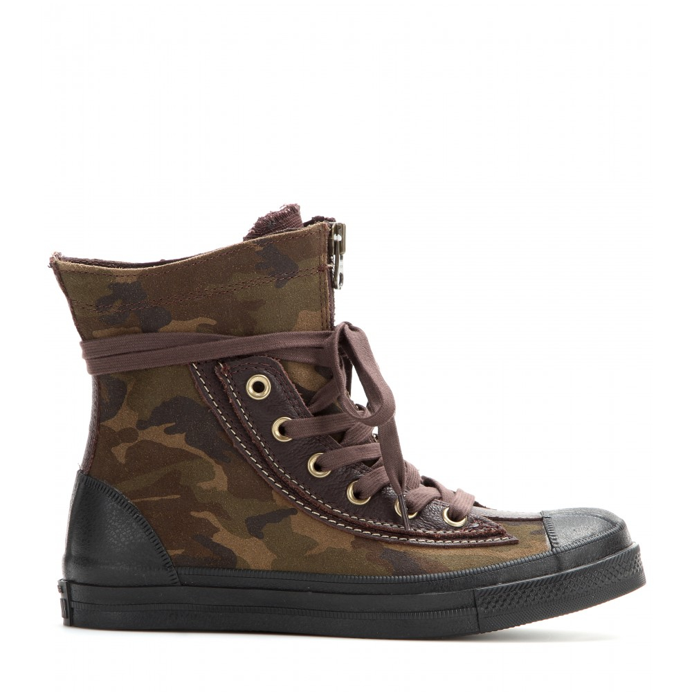 56b8a9f6208606 Gallery. Previously sold at  Mytheresa · Women s Combat Boots Women s  Converse Chuck Taylor ...