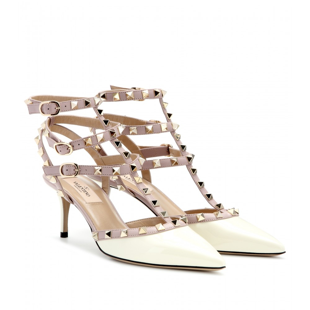 valentino rockstud patent leather kitten heel pumps in beige ivory lyst. Black Bedroom Furniture Sets. Home Design Ideas