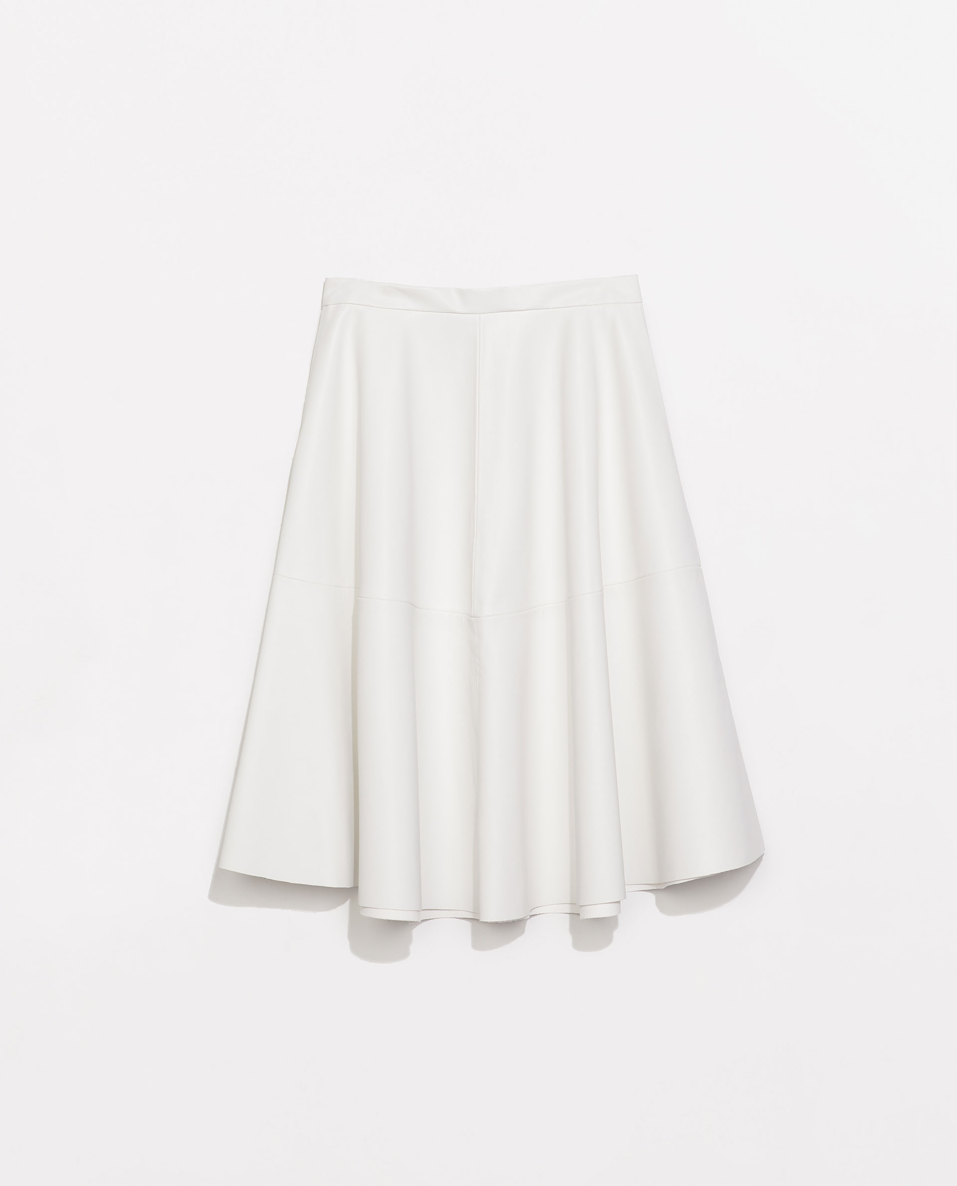 Zara Faux Leather Flared Skirt in White | Lyst