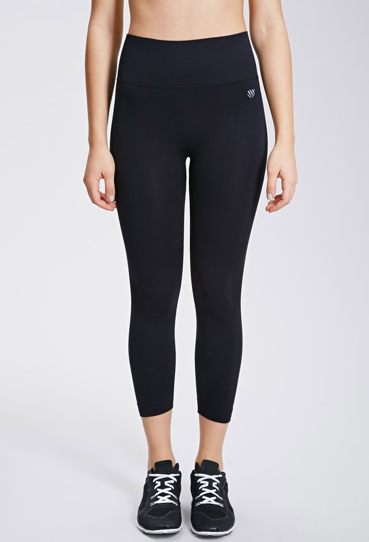 263008c3c6 Forever 21 Active Seamless Athletic Capri Leggings in Black - Lyst